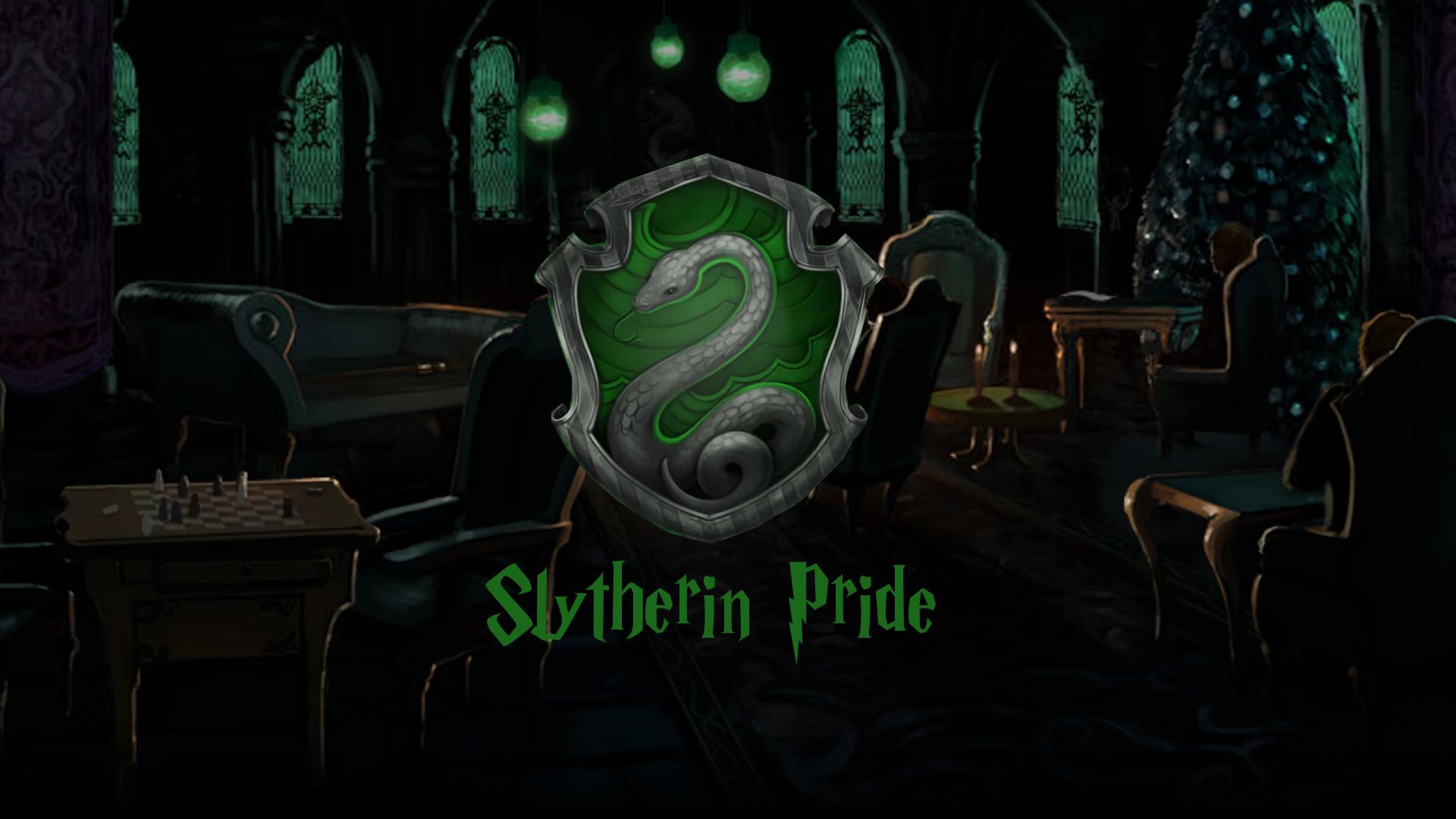 56 Slytherin Crest