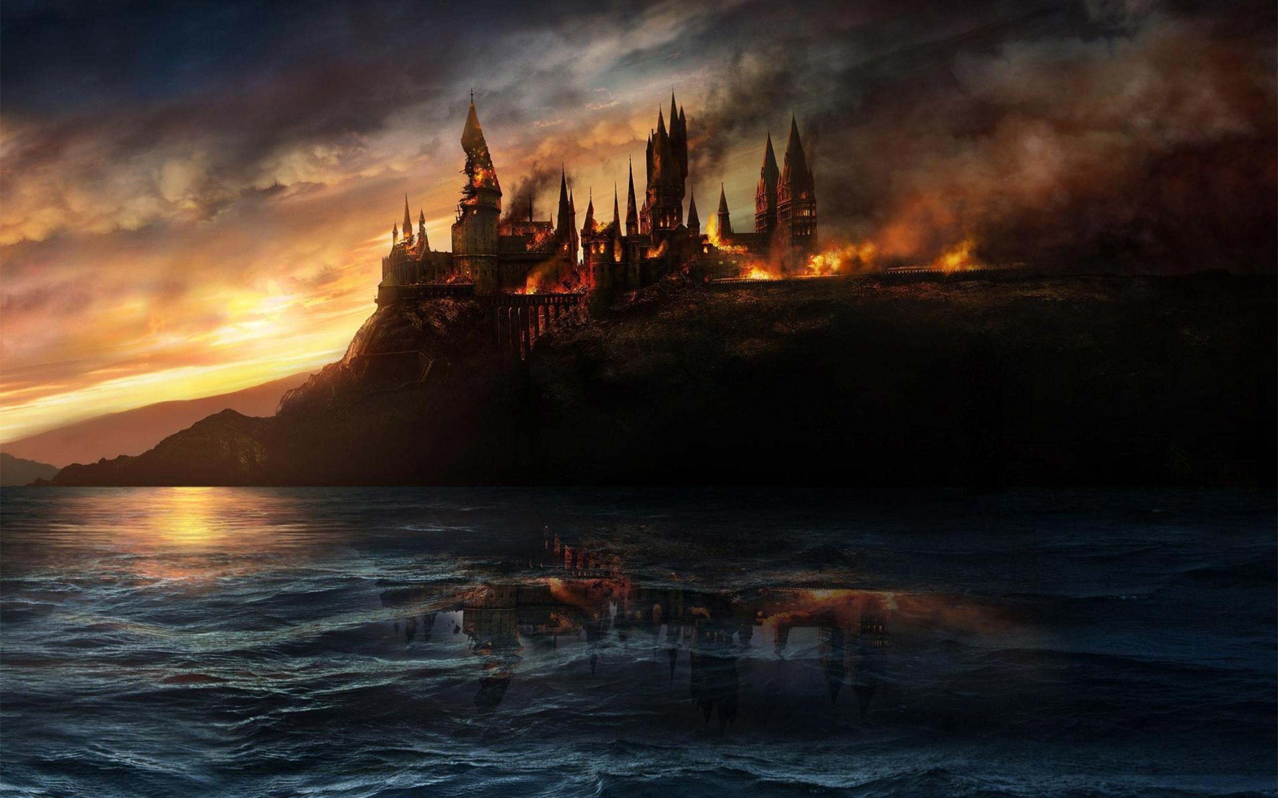 Hallows – Hogwarts Castle wallpaper | | 2733 | WallpaperUP .