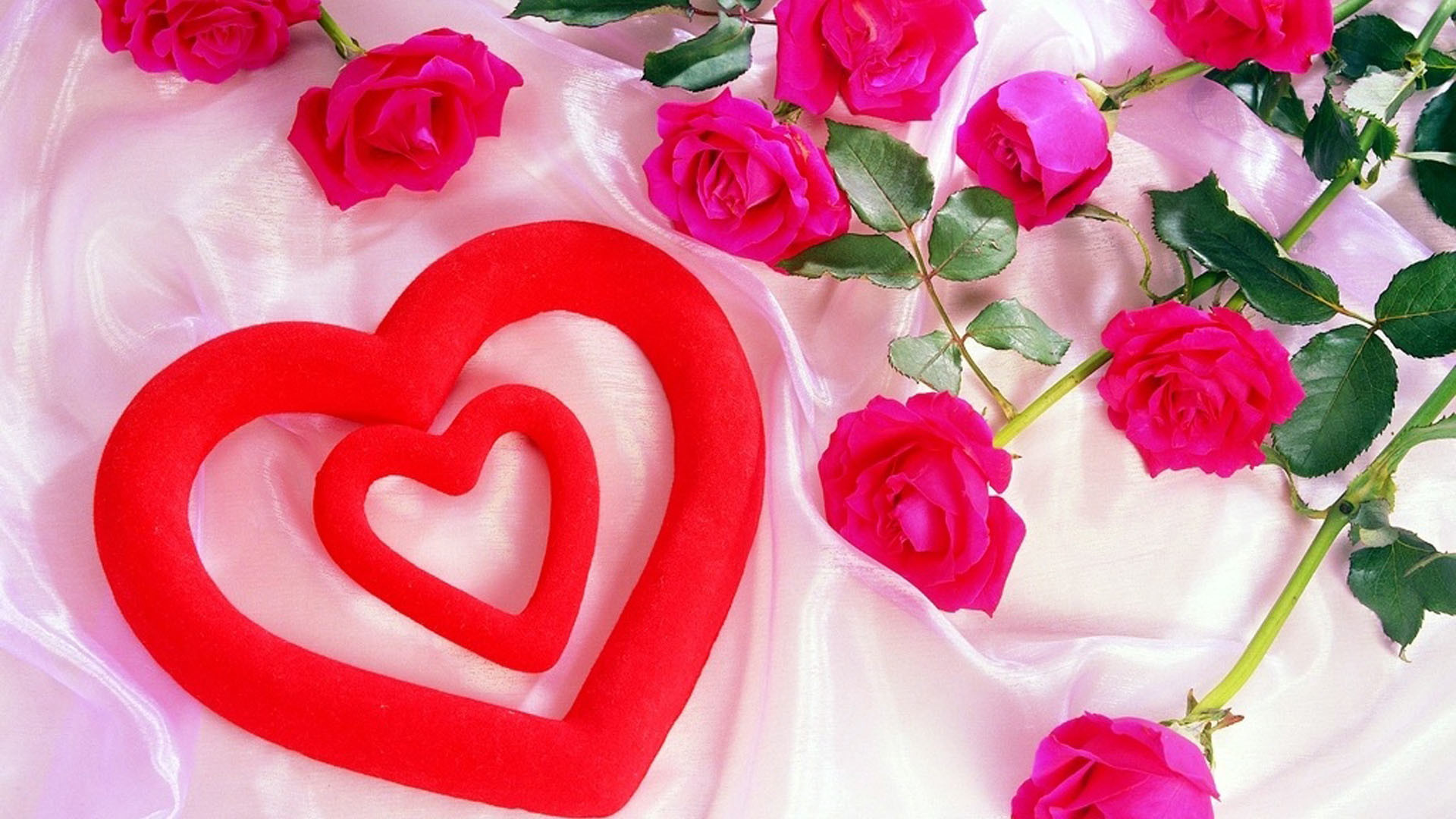 … Red-heart-with-pink-roses-wallpaper …