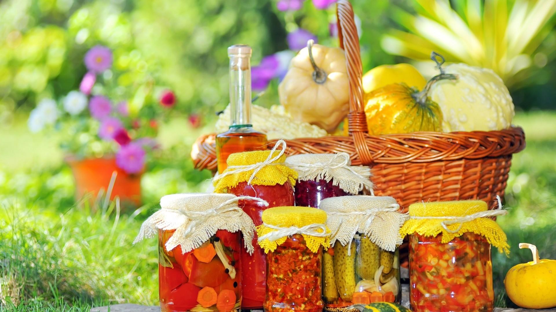 Wallpaper basket, jar, bottle, oil, grass, flowers, pot,