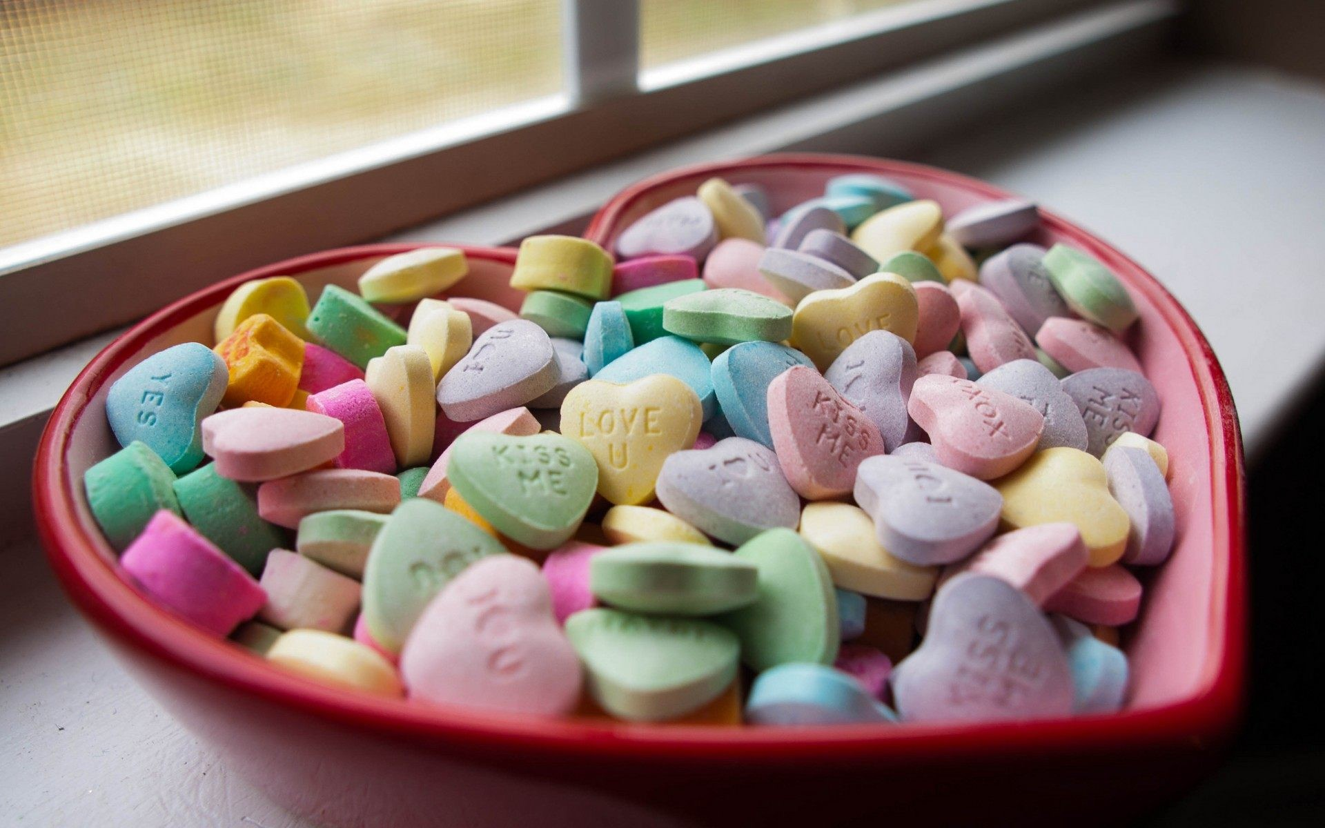 Love Candy Hearts Wallpaper