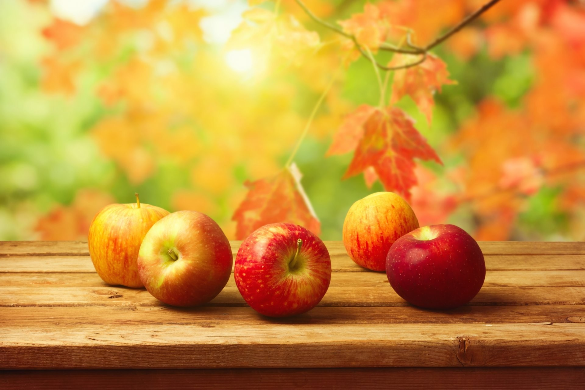 apples table fruits vintage background autumn leaves HD wallpaper