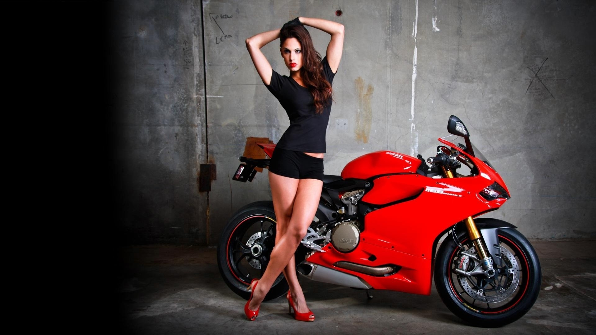 px free wallpaper and screensavers for girls and motorcycles by  Tarzan Bishop for – PKF