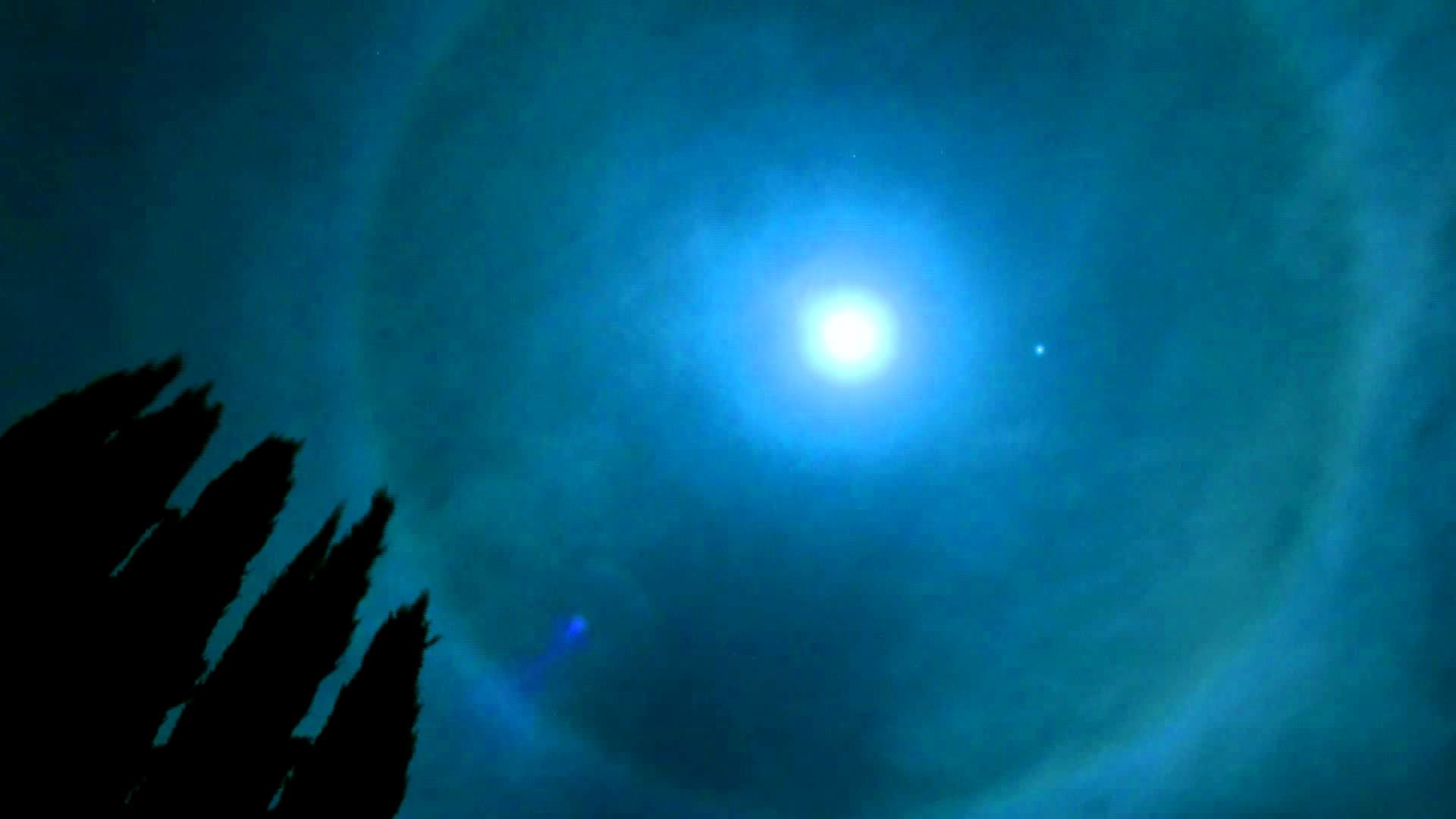 Halo Around the Moon Time-Lapse from my BackYard in HD – Ring Around the  Moon – Moon Halo – YouTube
