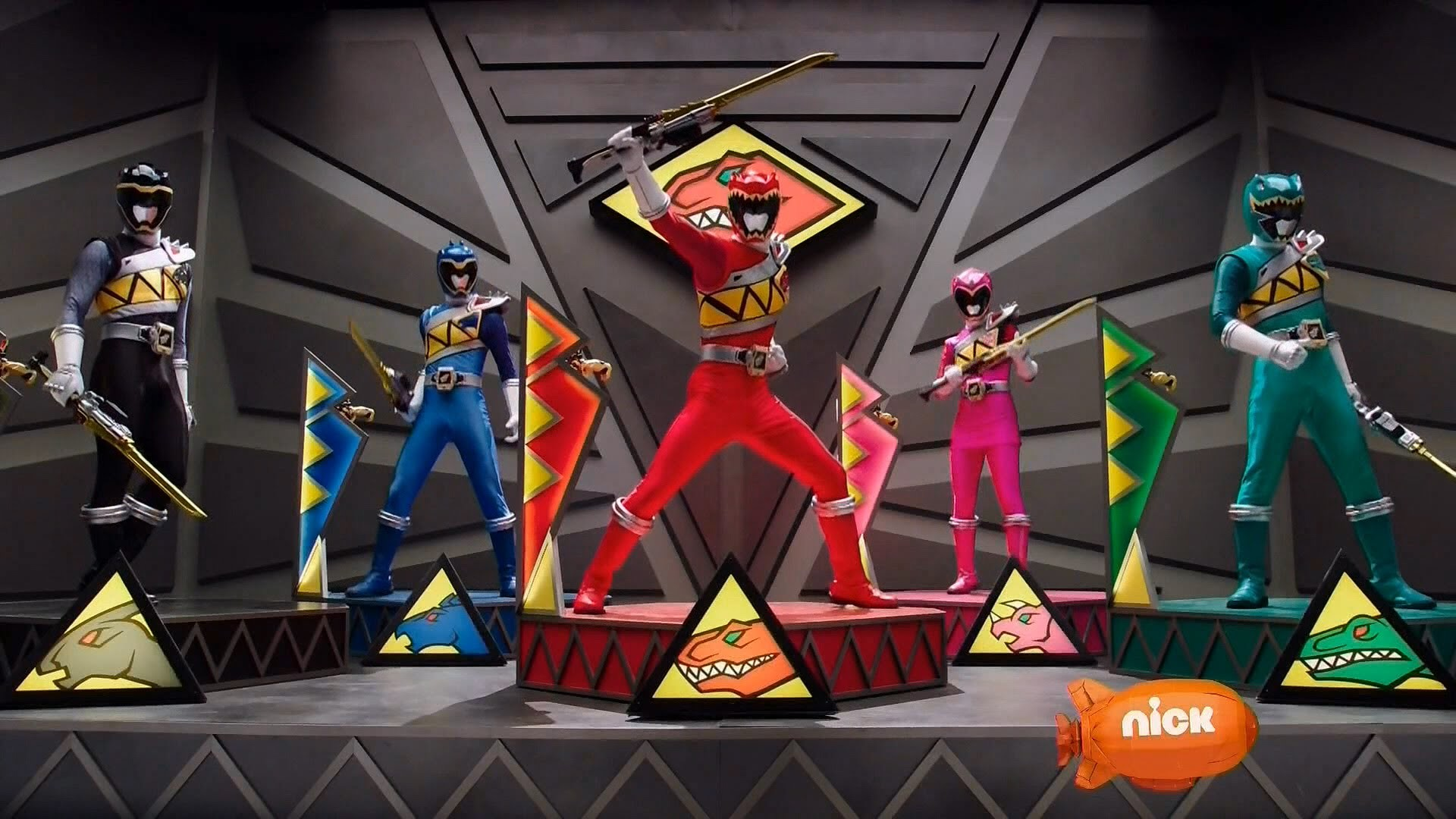 Power Rangers Dino Charge – Dino Charge Megazord Finisher 2