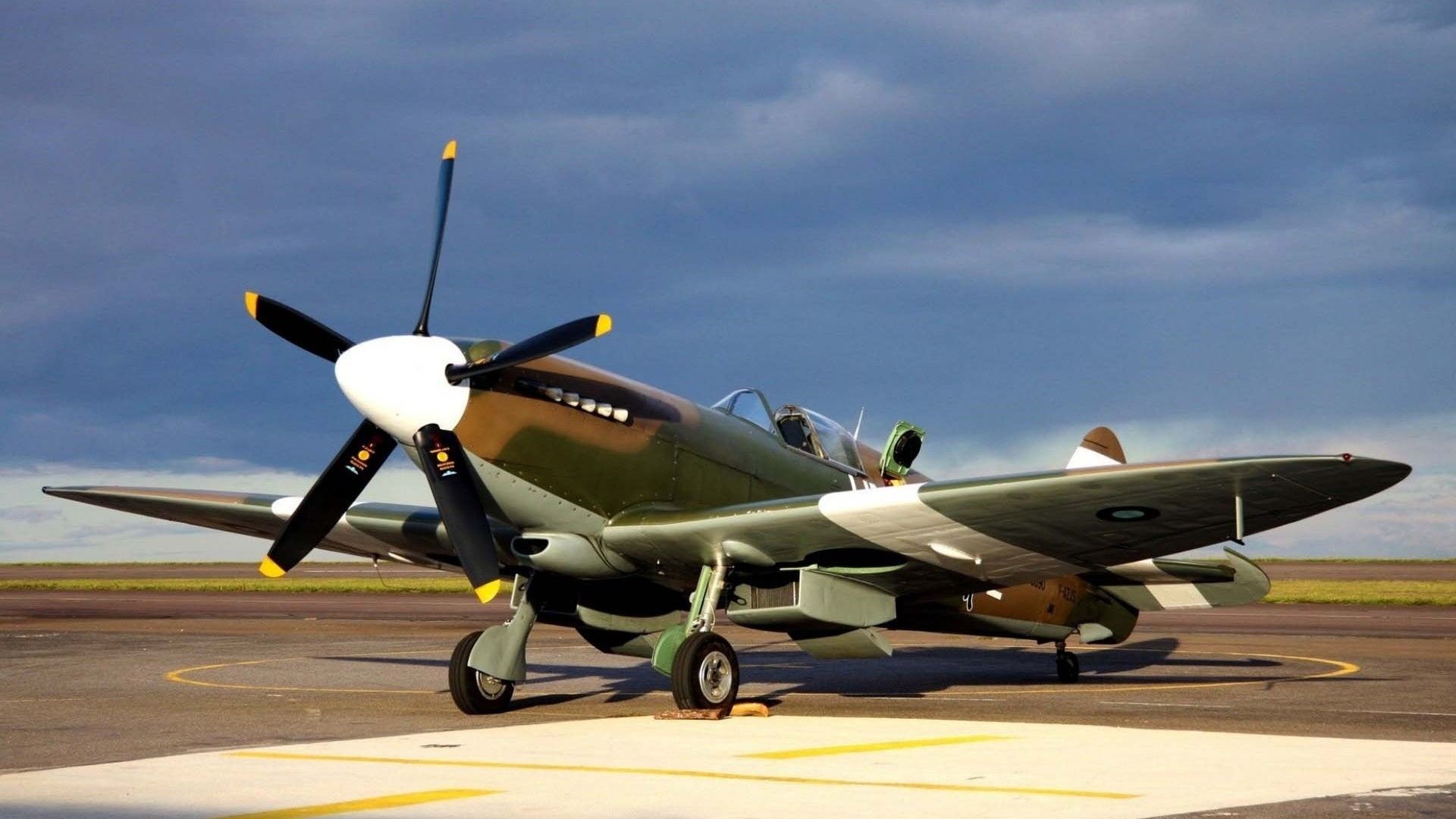 … Fighter Aircraft World War Ii Wallpapers Top · Old Military Aircraft HD  Wallpapers 1080P Imagesize:  HD …
