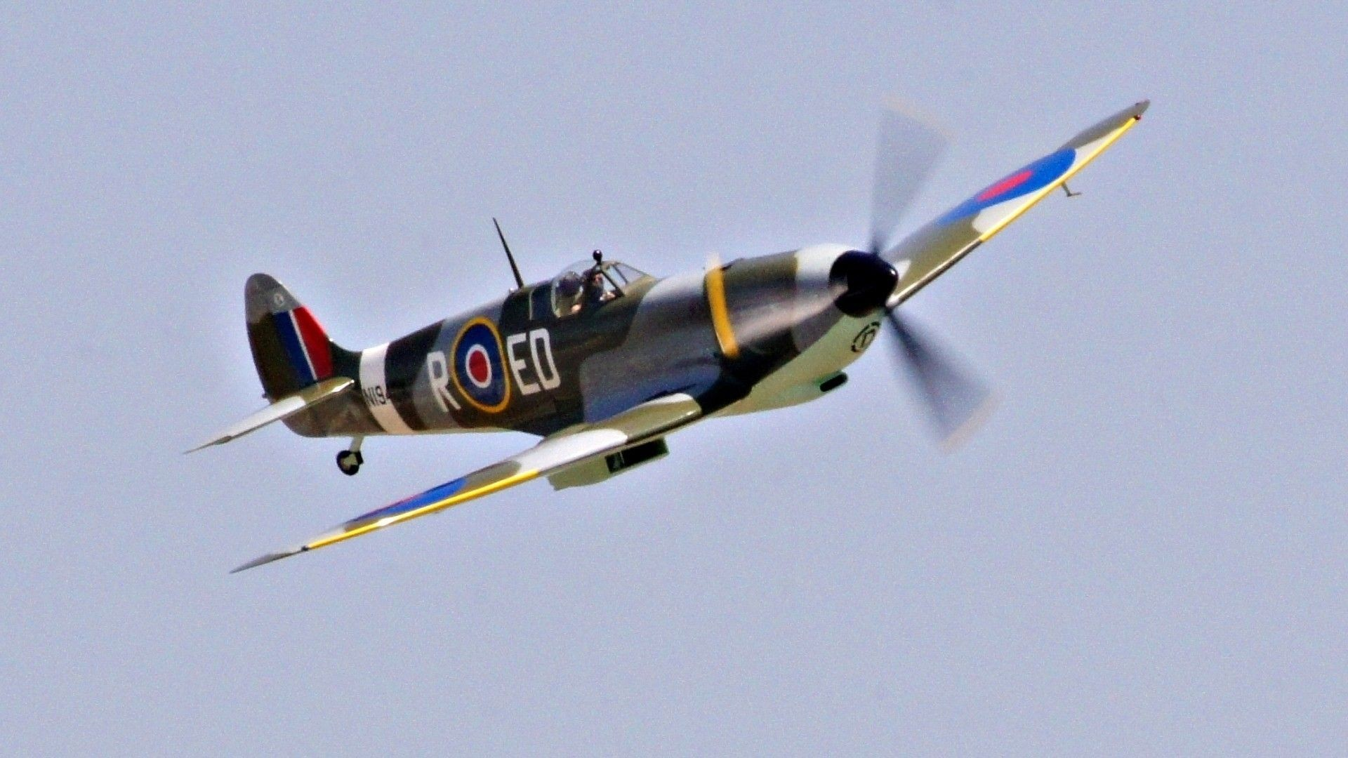 <b>sky</b> supermarine <b>spitfire</b