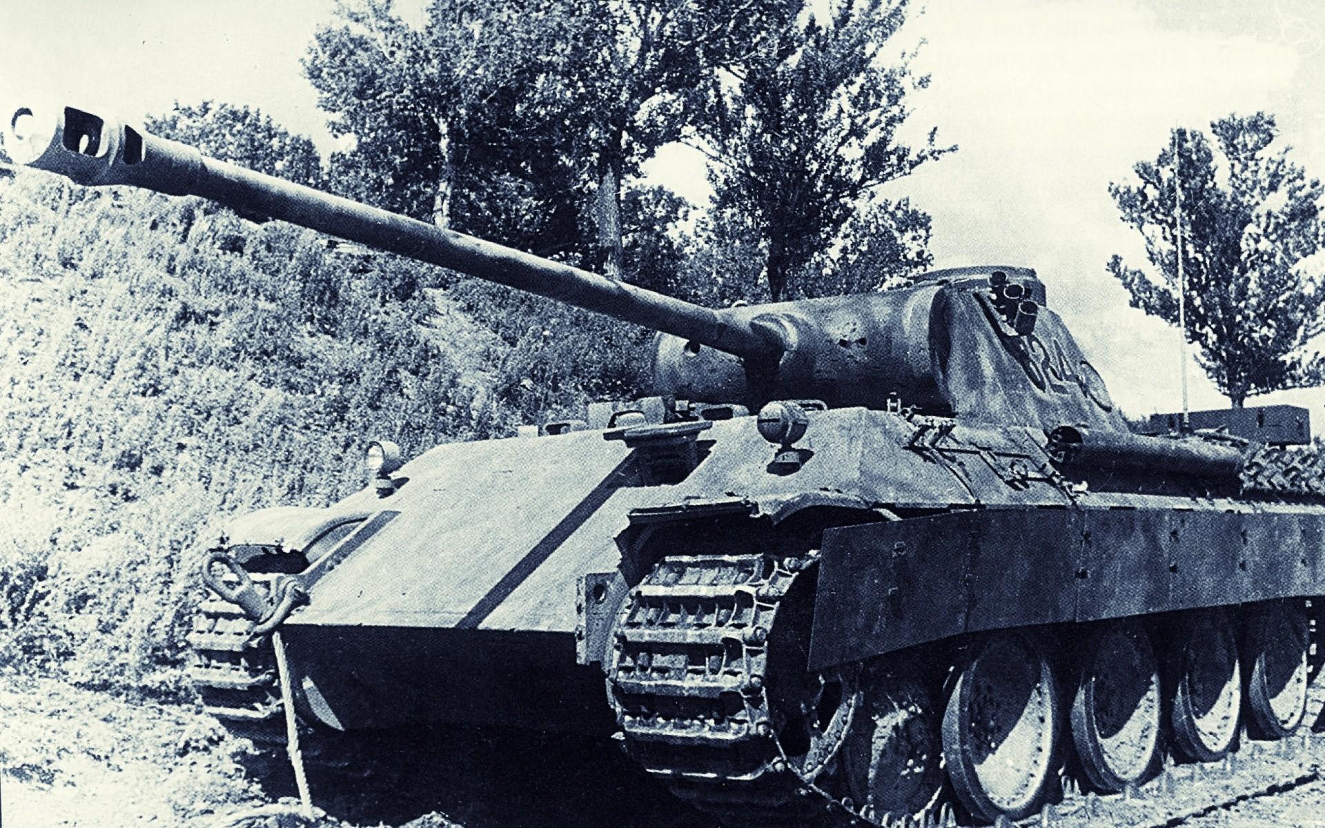 WW2 Legendary Tanks – HD Wallpapers Widescreen – 1920×1200