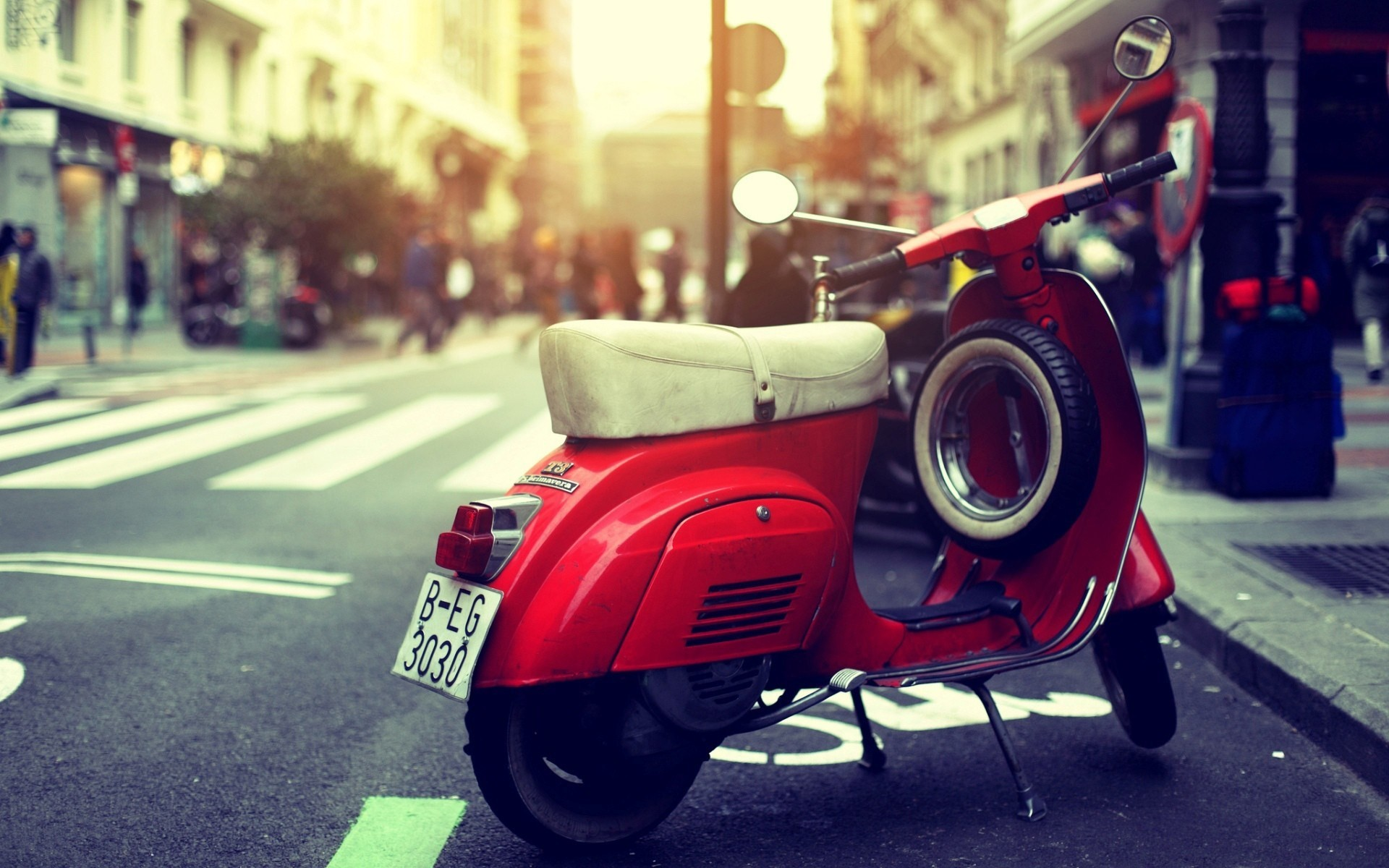vespa scooter, red, street, photo
