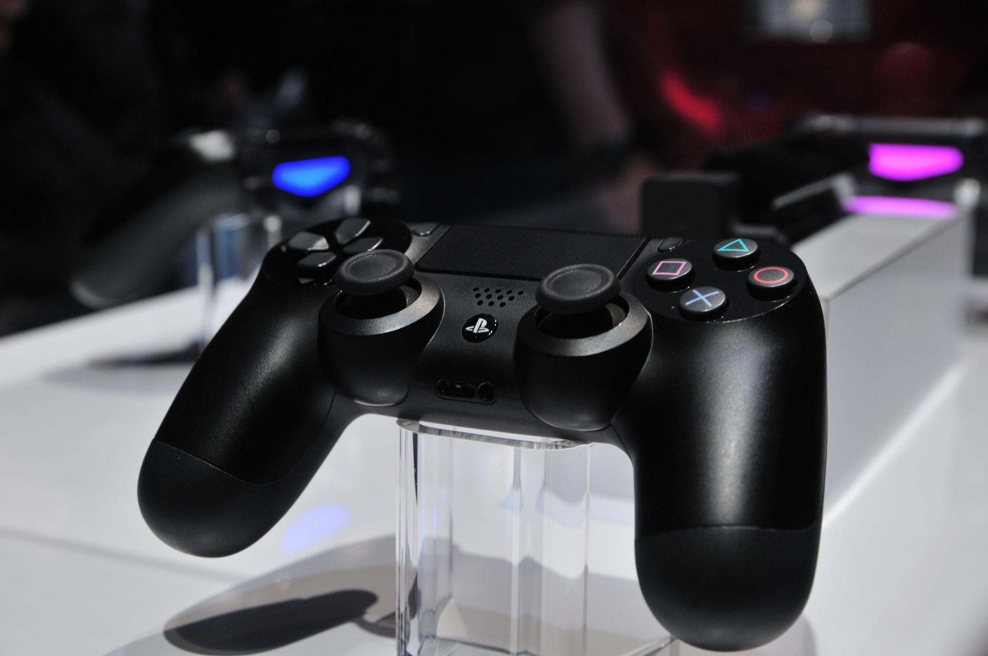 Sony PlayStation 4 Controllers Wallpaper HD