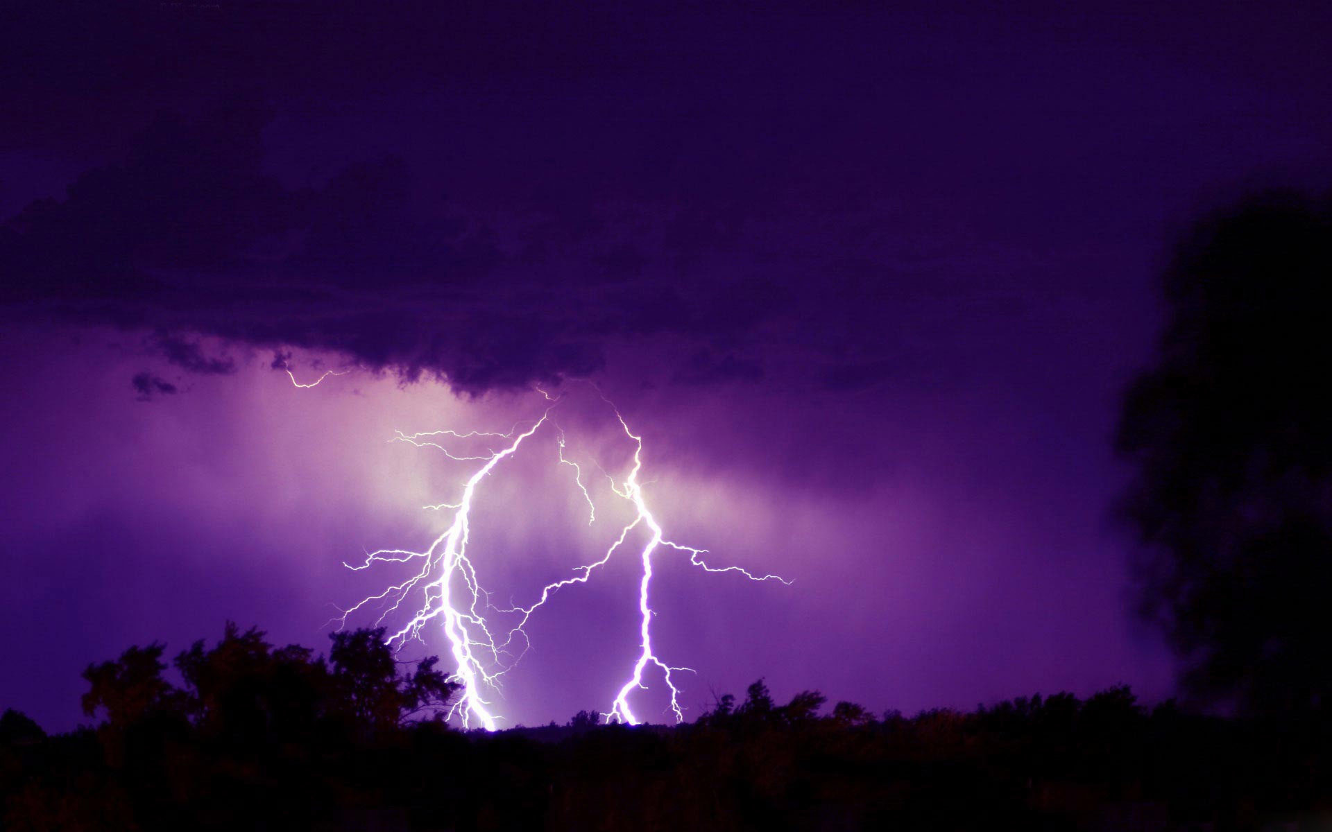tornado lightning storm live wallpaper for android With Resolutions .