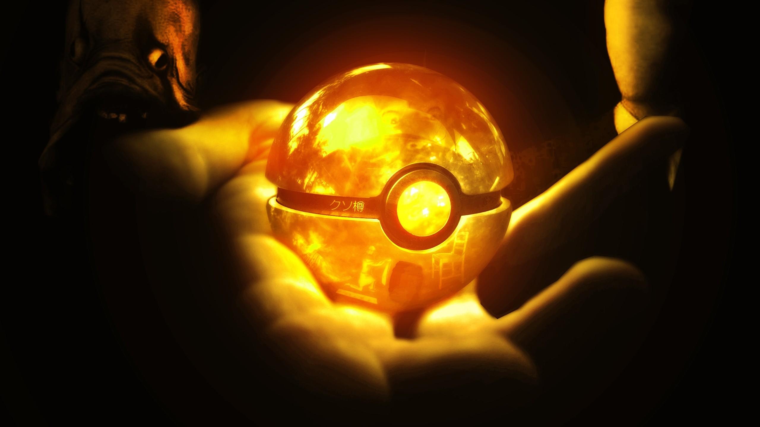 Glowing Pokeball iPhone Wallpaper – Wish I had one!