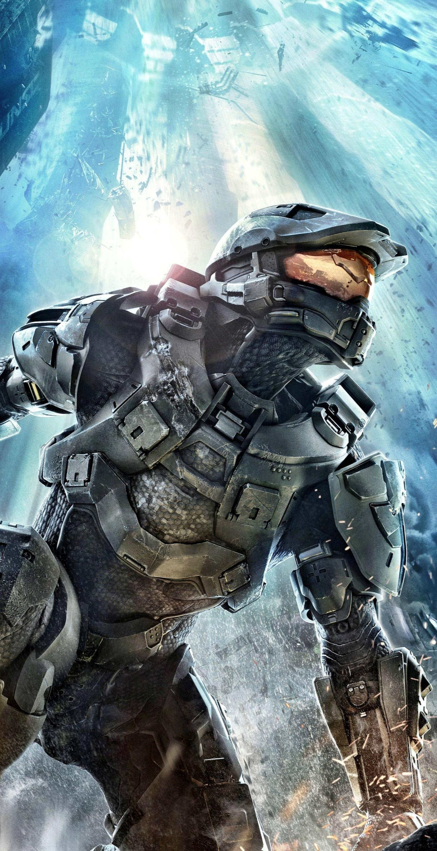 Did you know that there is such a thing as a full-size adult Halo Master  Chief costume? And Halo 4 is an amazing game to play! Highly recommend it!