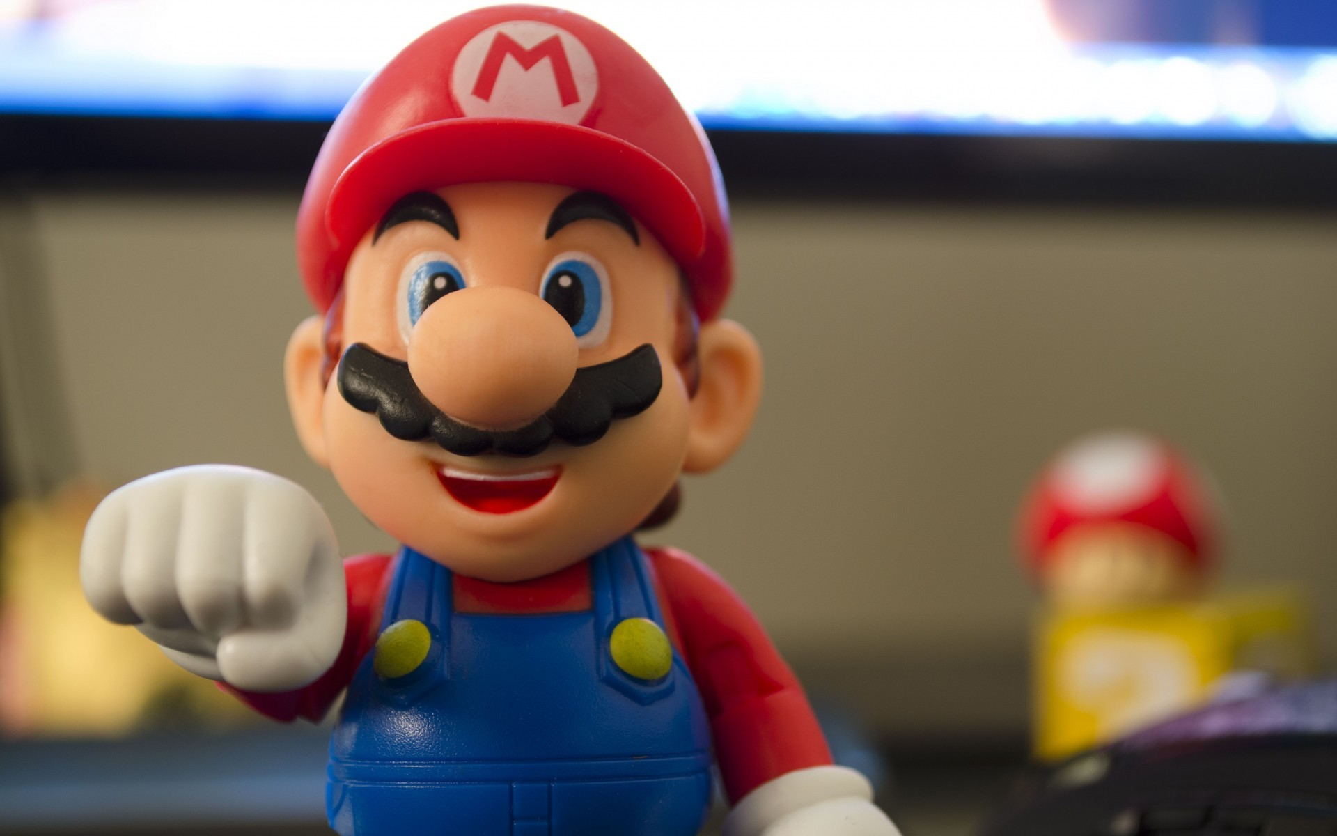 The figure of the hero of the game Super Mario Bros
