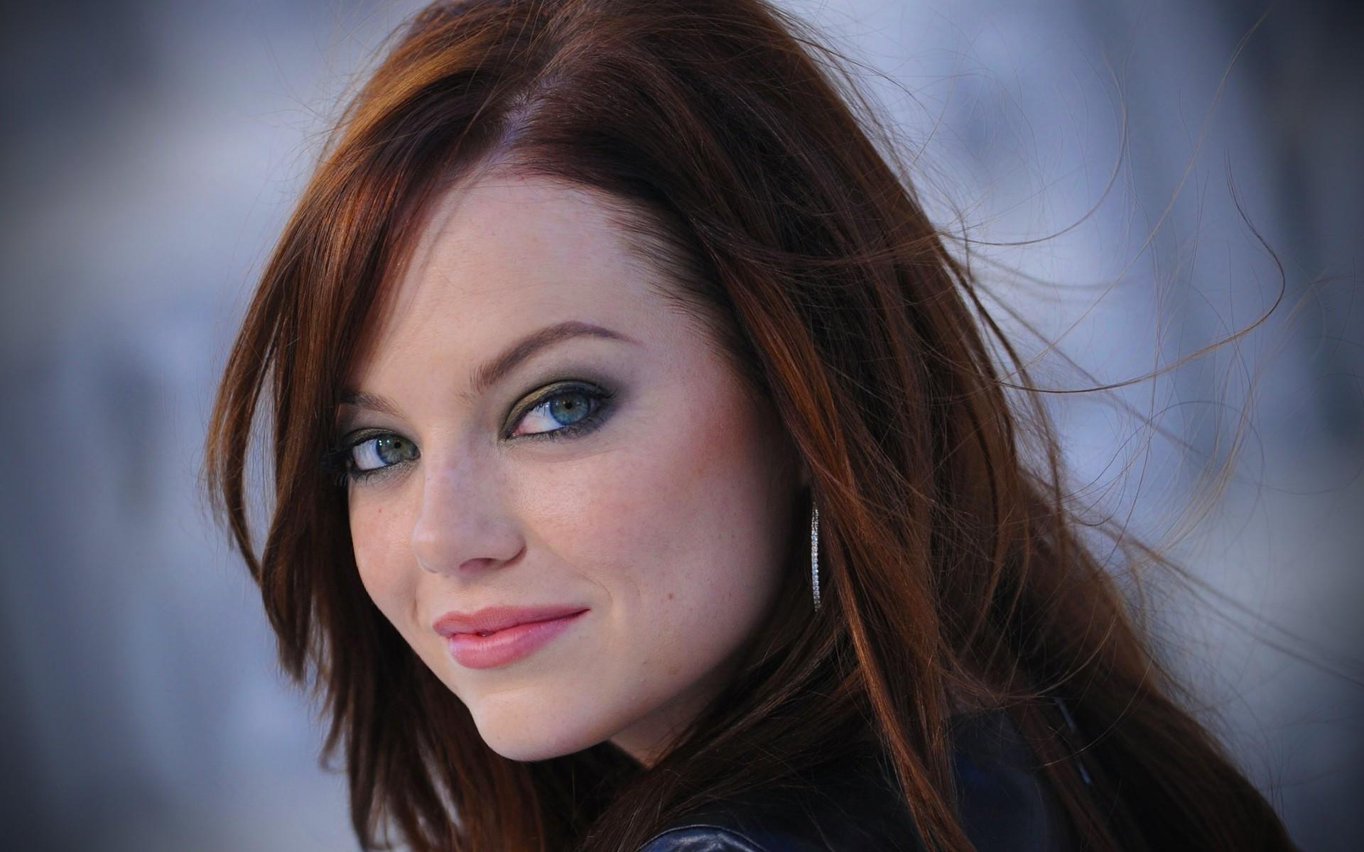 #EmmaStone | 4.30.14 | www.beautyvirtualdistributor.com | BVD | Trending  Today | Pinterest | Emma stone, Beautiful people and Famous people