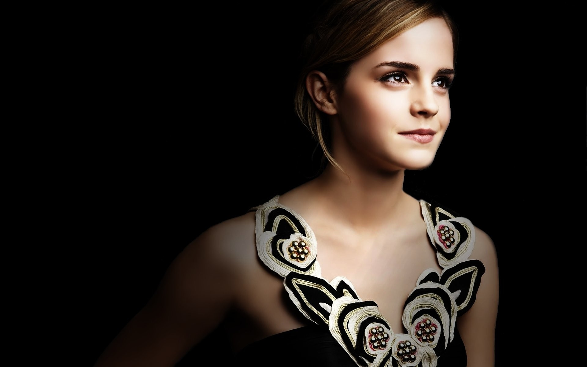 Blonde Emma Watson Woman · HD Wallpaper   Background ID:82062
