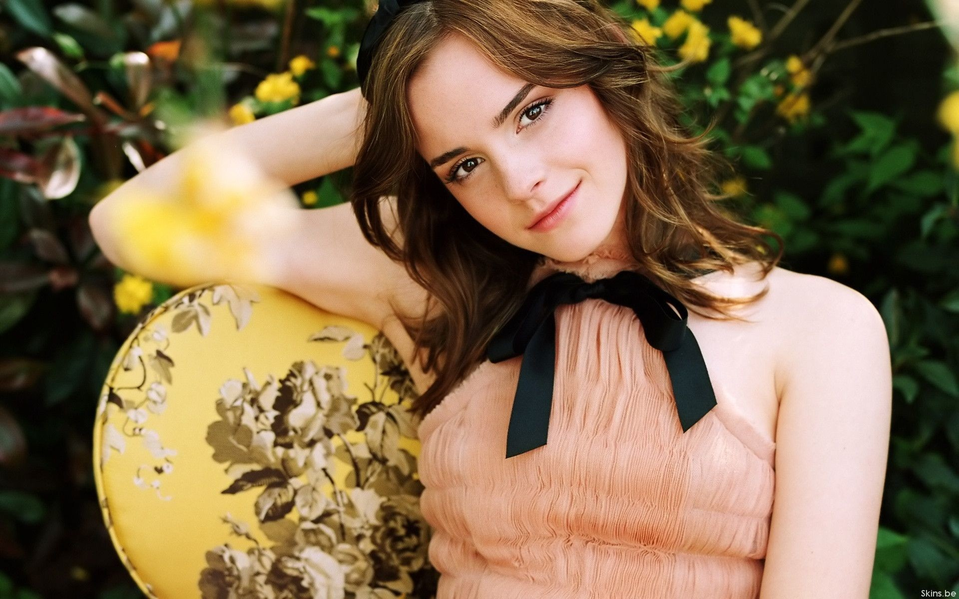 Beautiful Model Actress Emma Watson HD Pictures