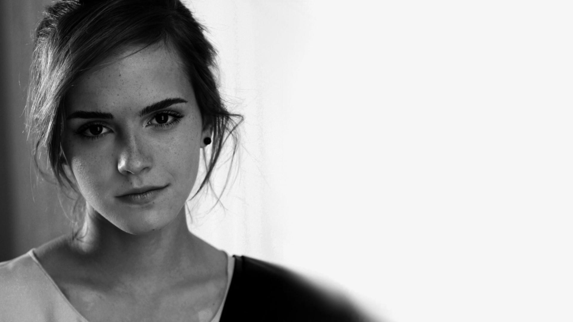Emma Watson Iphone Wallpaper #25659 Hd Wallpapers Background .