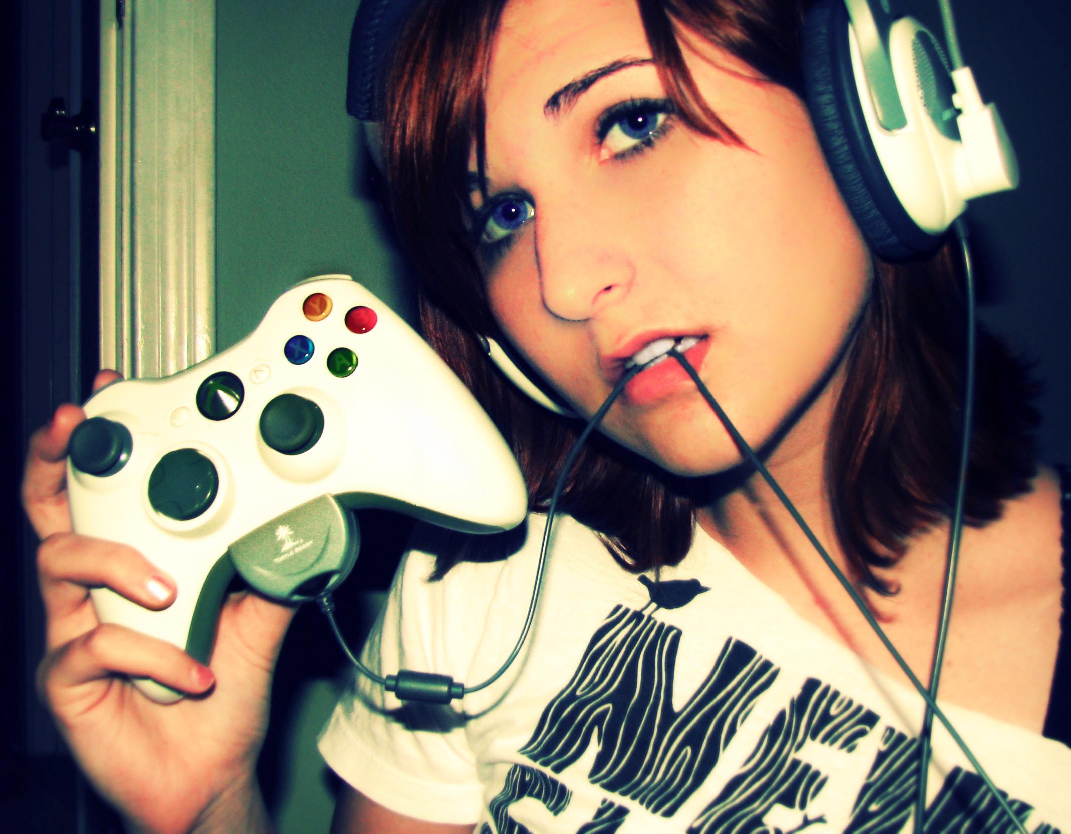 Wish I had a headset like that.