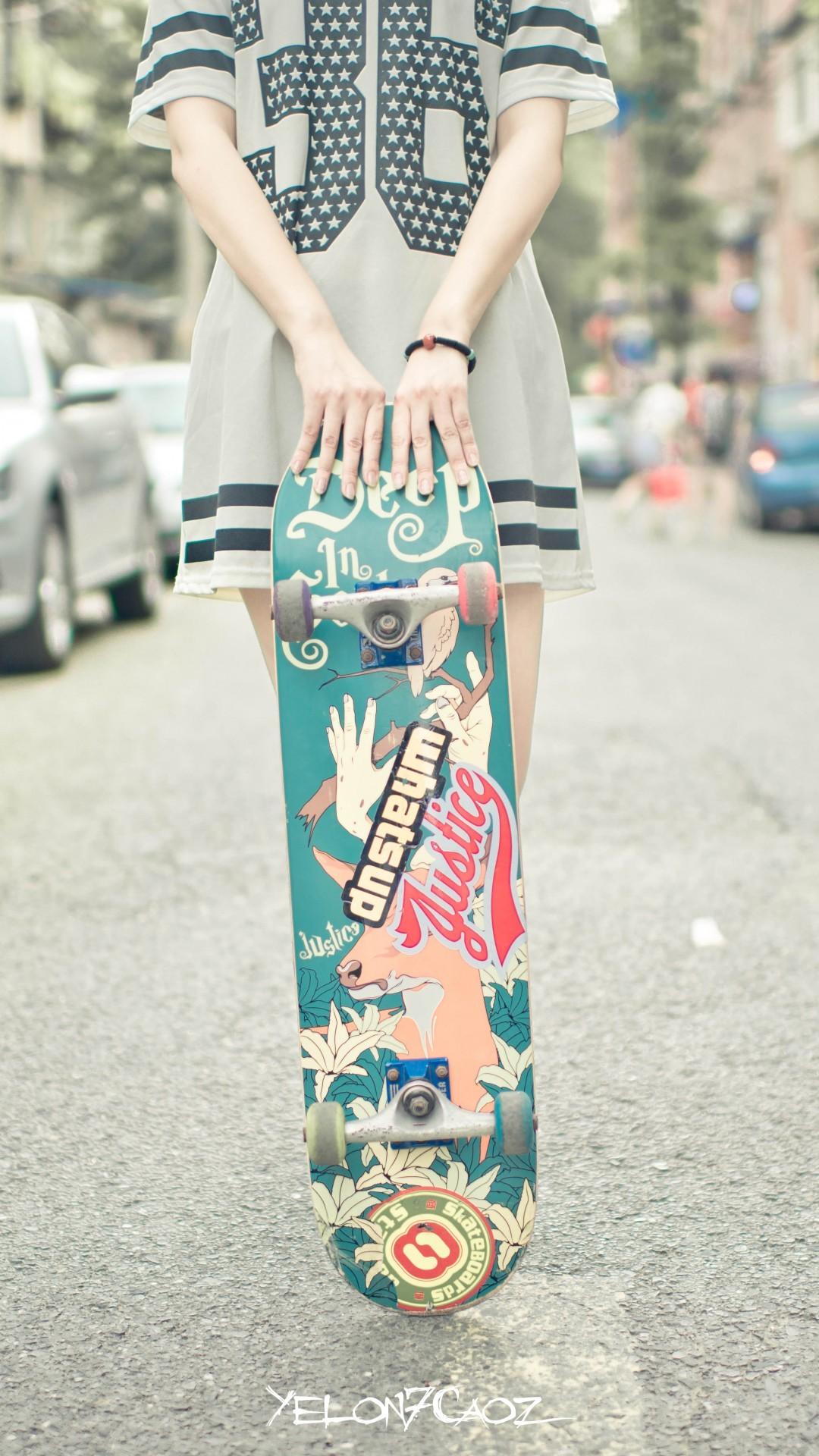 Skateboard Girl Wallpaper – Free iPhone Wallpapers