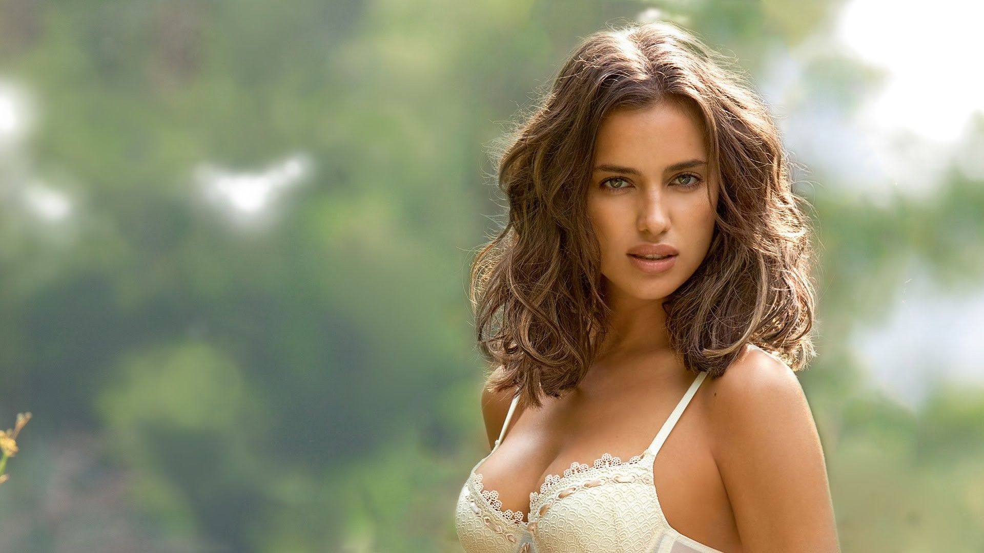 Beautiful Women Pictures-8