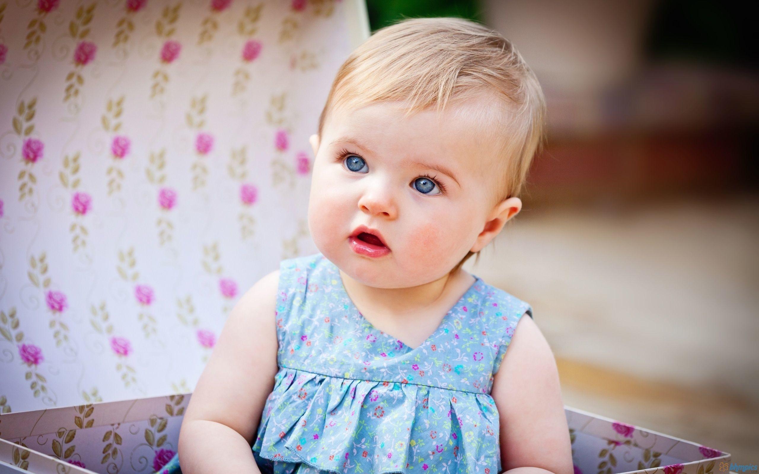 Cute Baby Girl Wallpaper & its Cute Girl Free Desktop Wallppaer HD