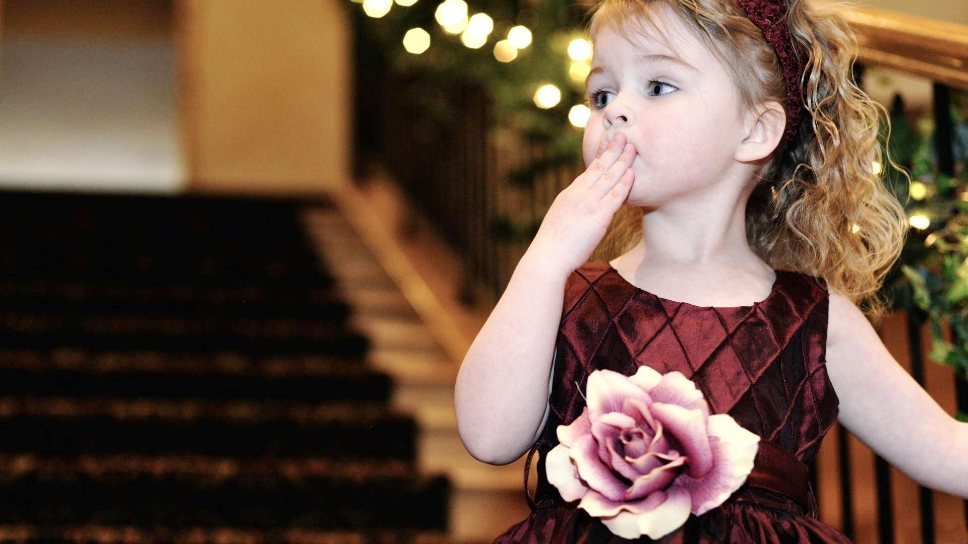 20 Adorable Cute Baby Girl Photos-Wallpapers | InspiringMesh | Images  Wallpapers | Pinterest | Wallpaper