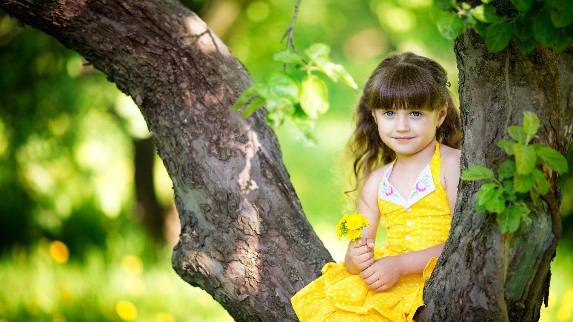Image: Cute Baby Girl Nature Wallpaper