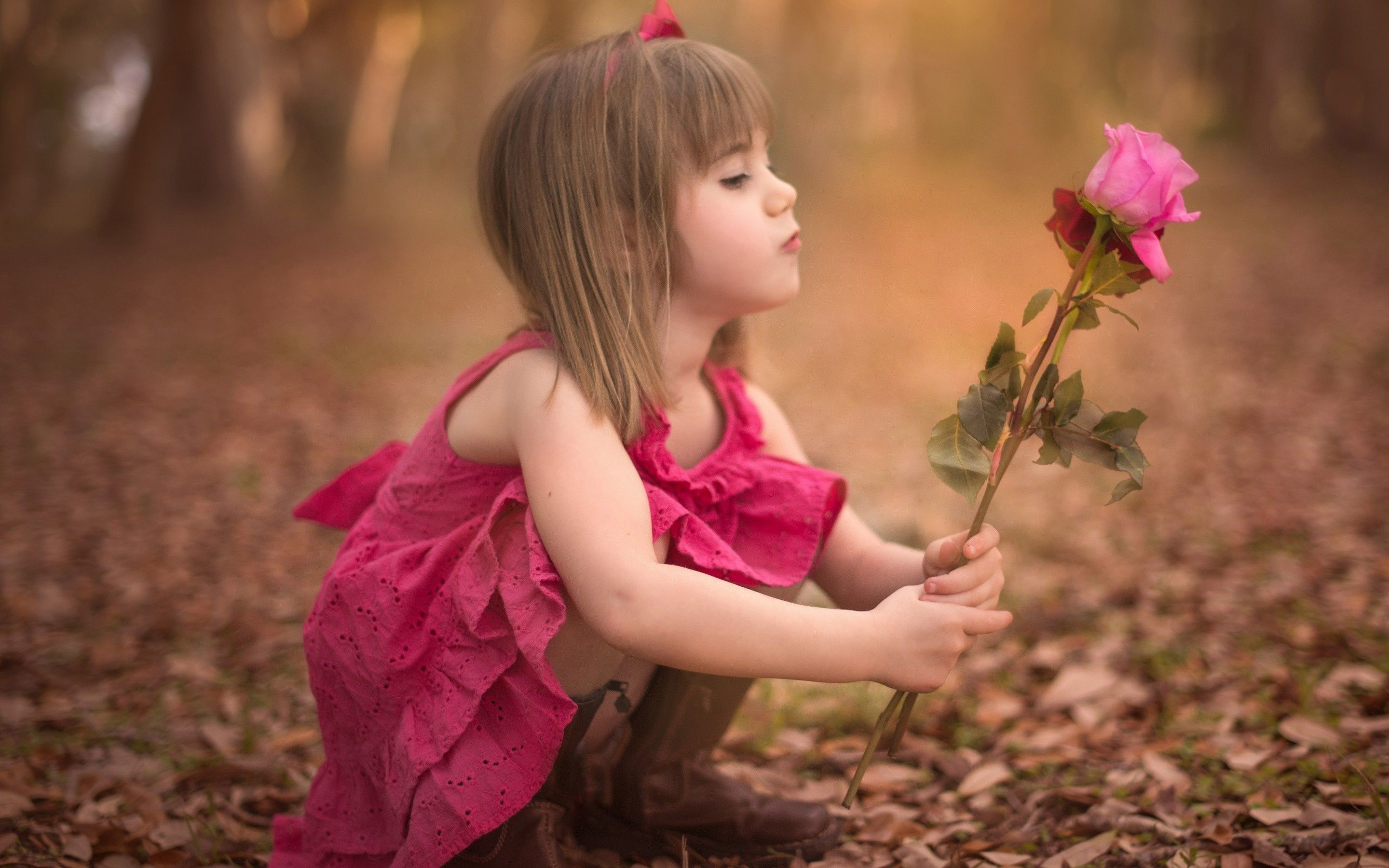 Cute Little Baby HD Wallpapers, Sweet Boy and lovely Girls Images .