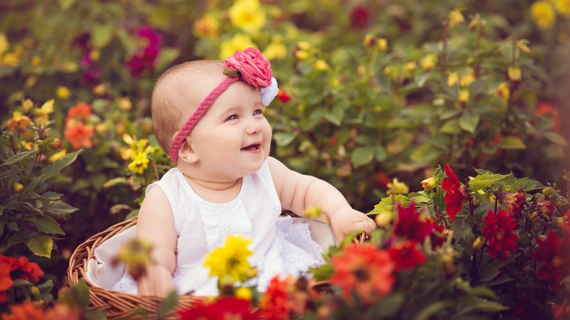 Cute Baby With Smile amazing to watch such pretty smiley kid
