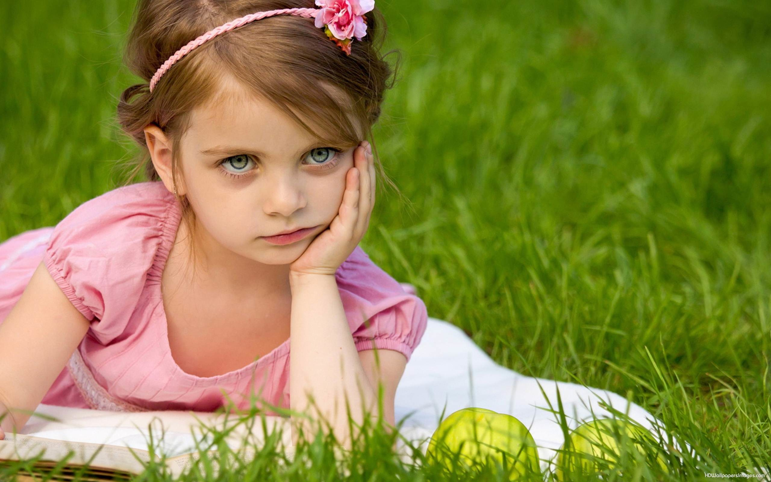 baby girl images and wallpaper Download
