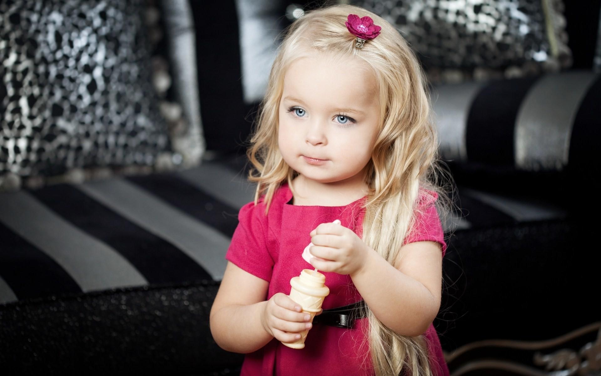 Cute Baby Girl Blue Eyes Photos