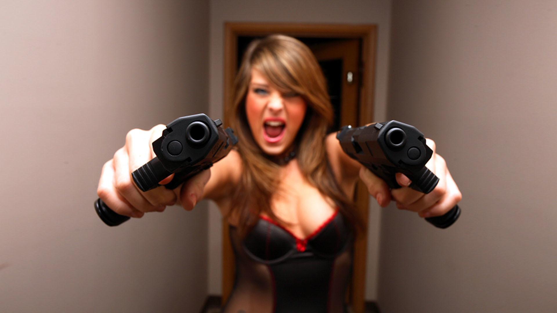 Girl With Gun Desktop Wallpapers THIS Wallpaper Girl Gun Wallpapers  Wallpapers)