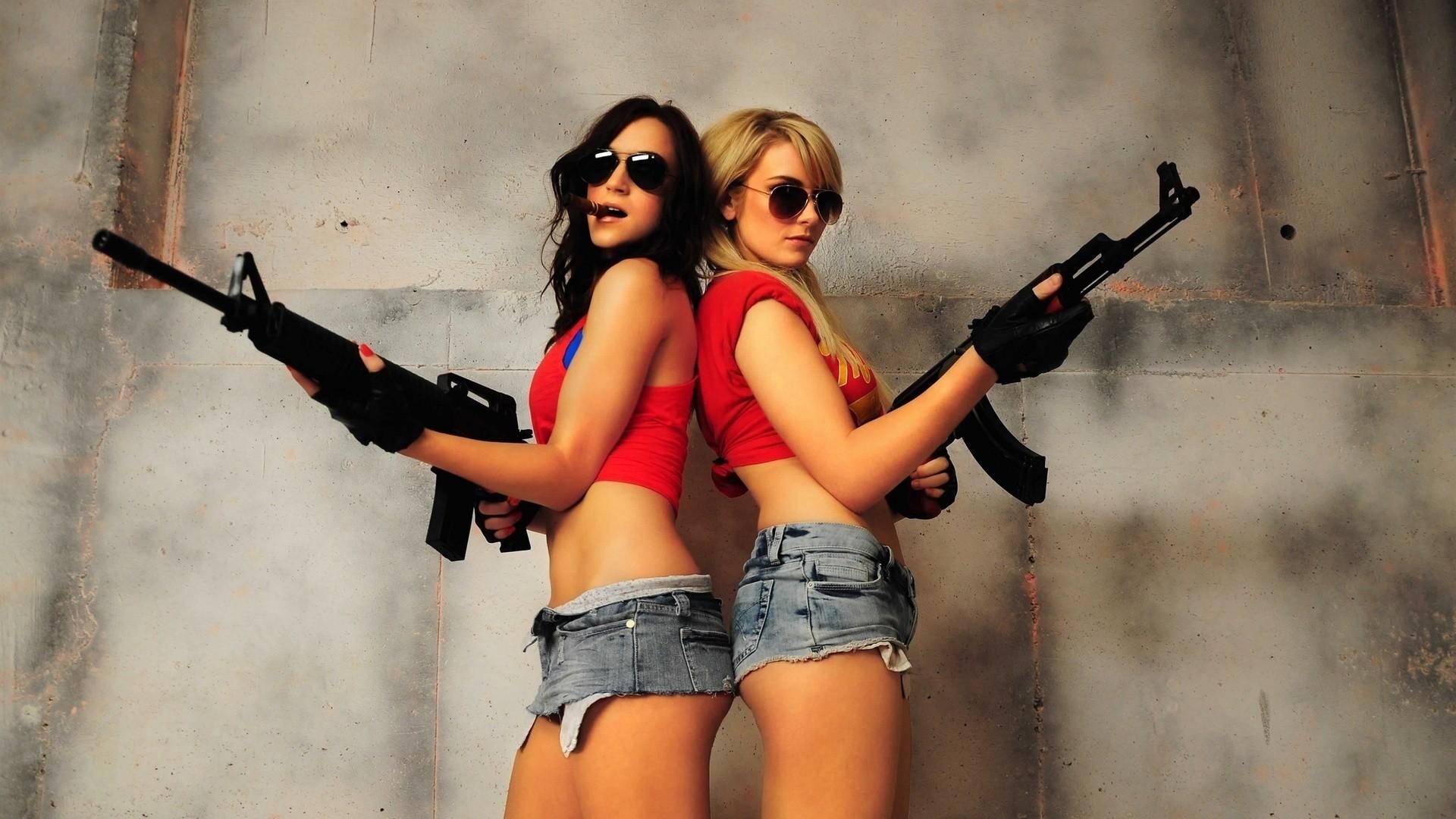 Explore Girl Guns, Weapons Guns, and more!
