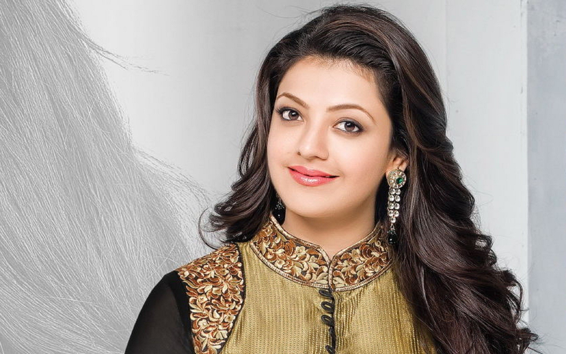 South Indian Girls HD Desktop Backgrounds