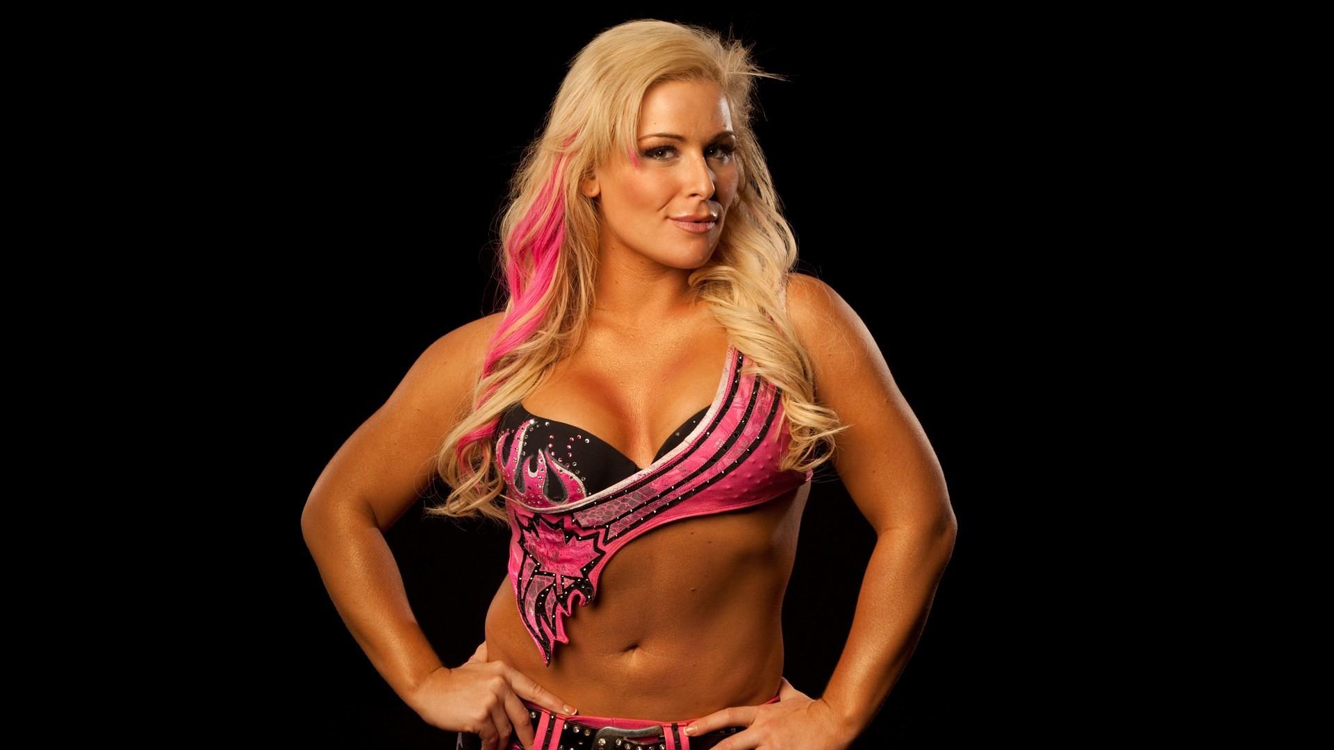 10 Natalya