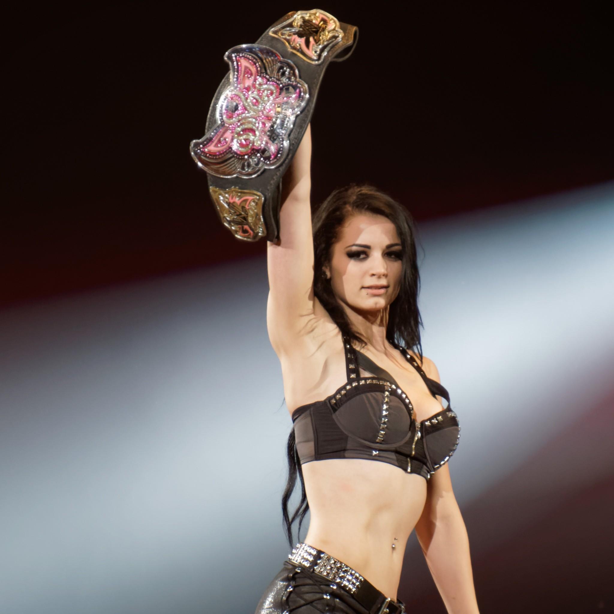 Download WWE Divas Champion 2048 x 2048 Wallpapers – 4571098 – sport  entertainment wwenxt wrestling smackdown rebuild series raw   mobile9