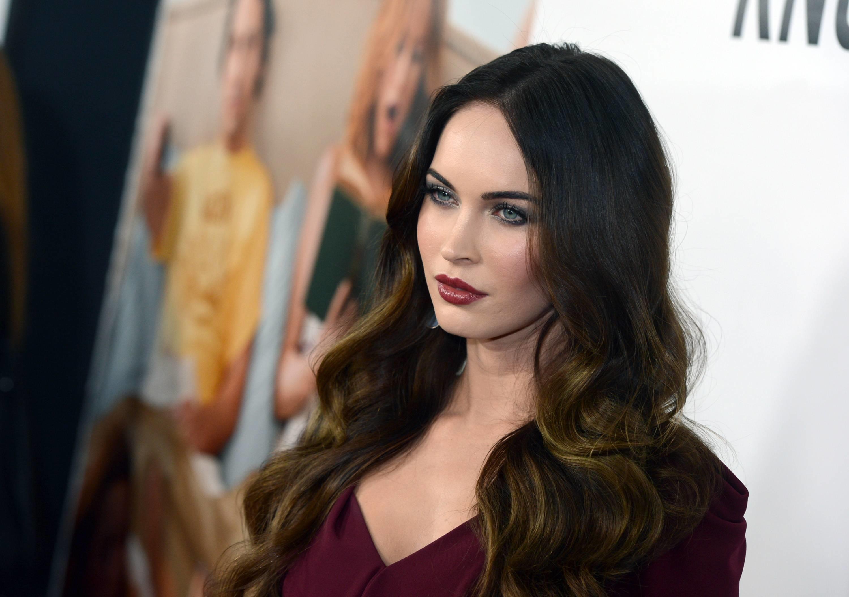 Explore Megan Fox Wallpaper, Free Makeup Samples, and more!