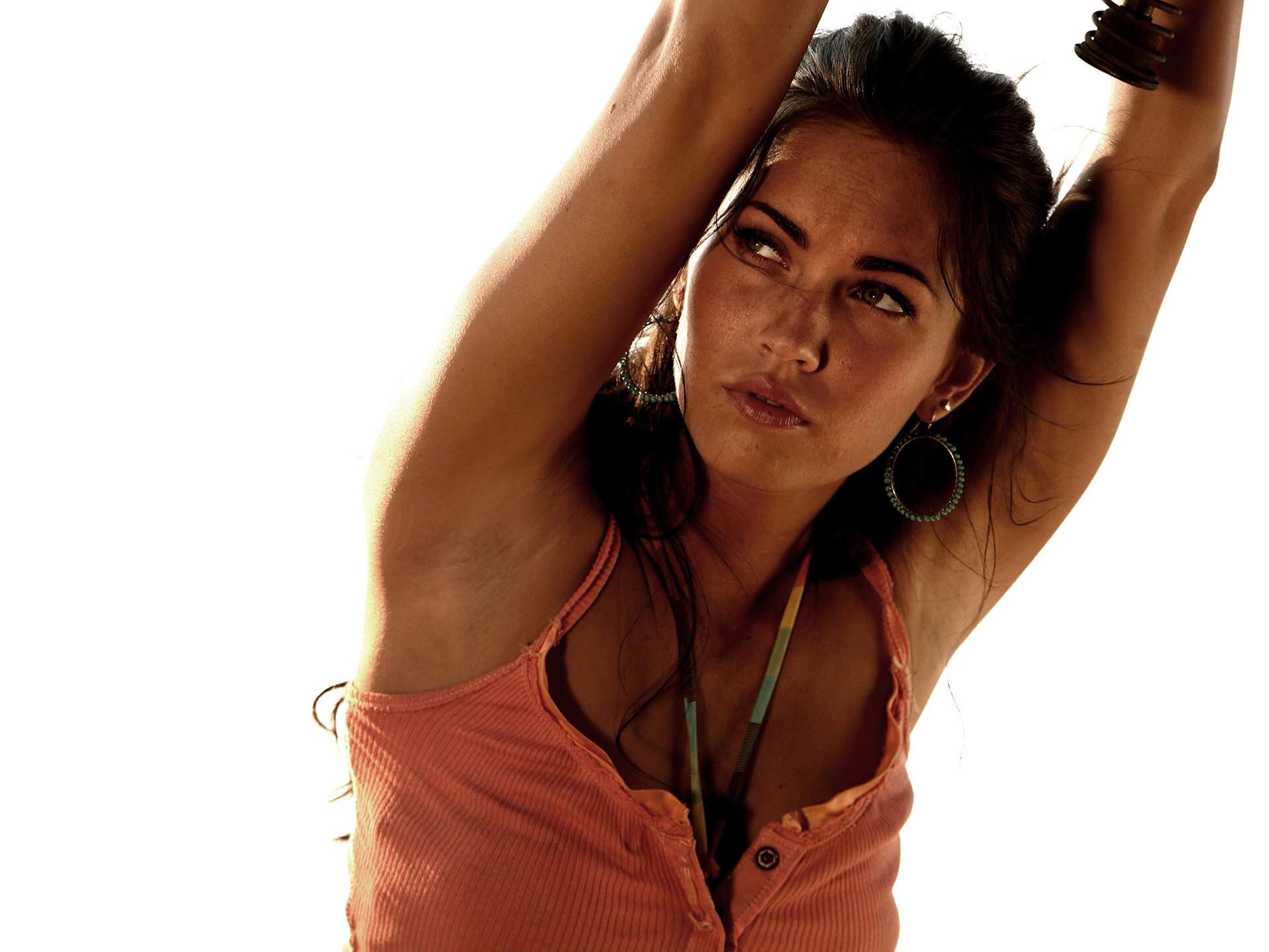 Megan Fox (22)