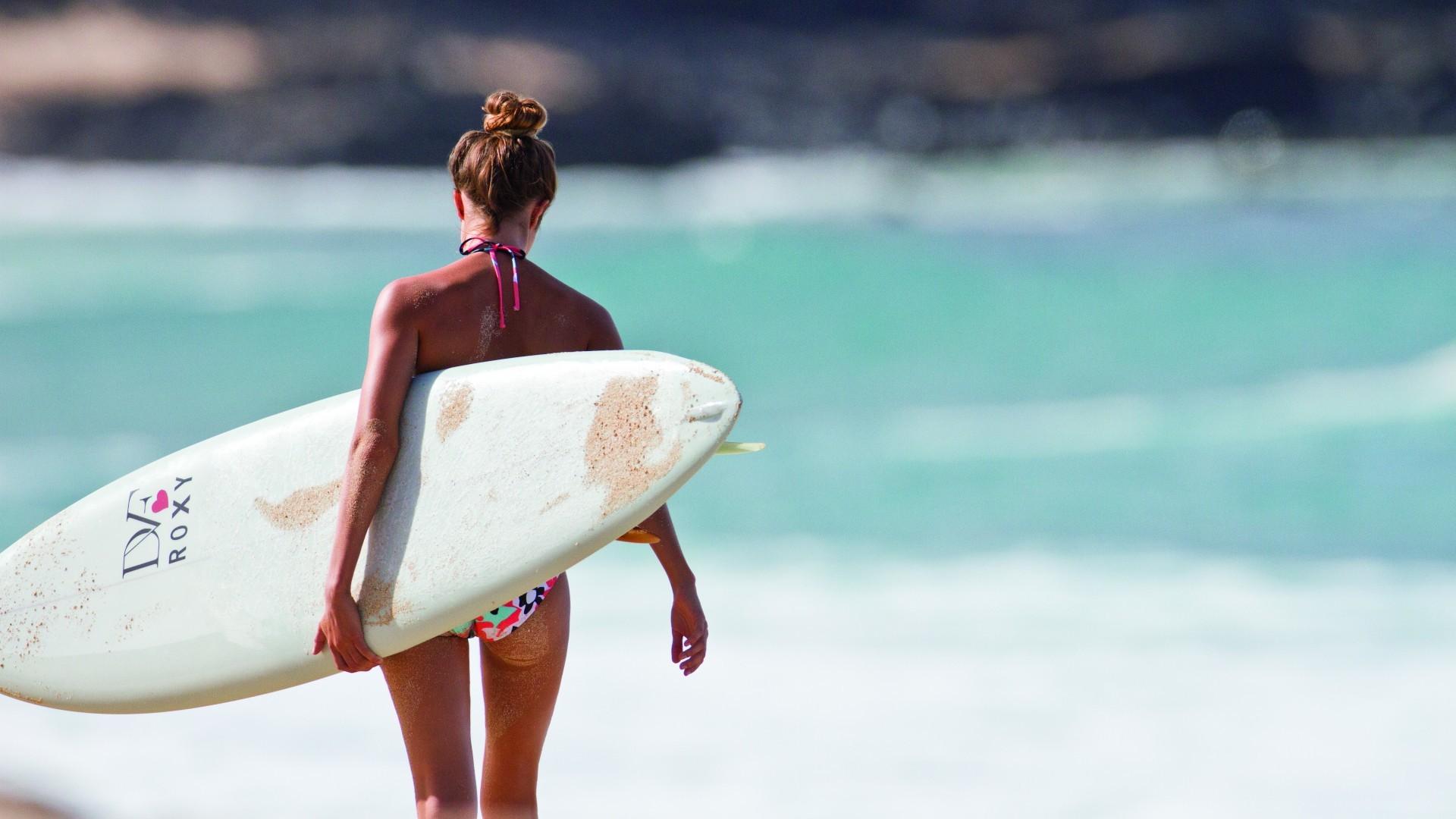 Surfer Girls 28099
