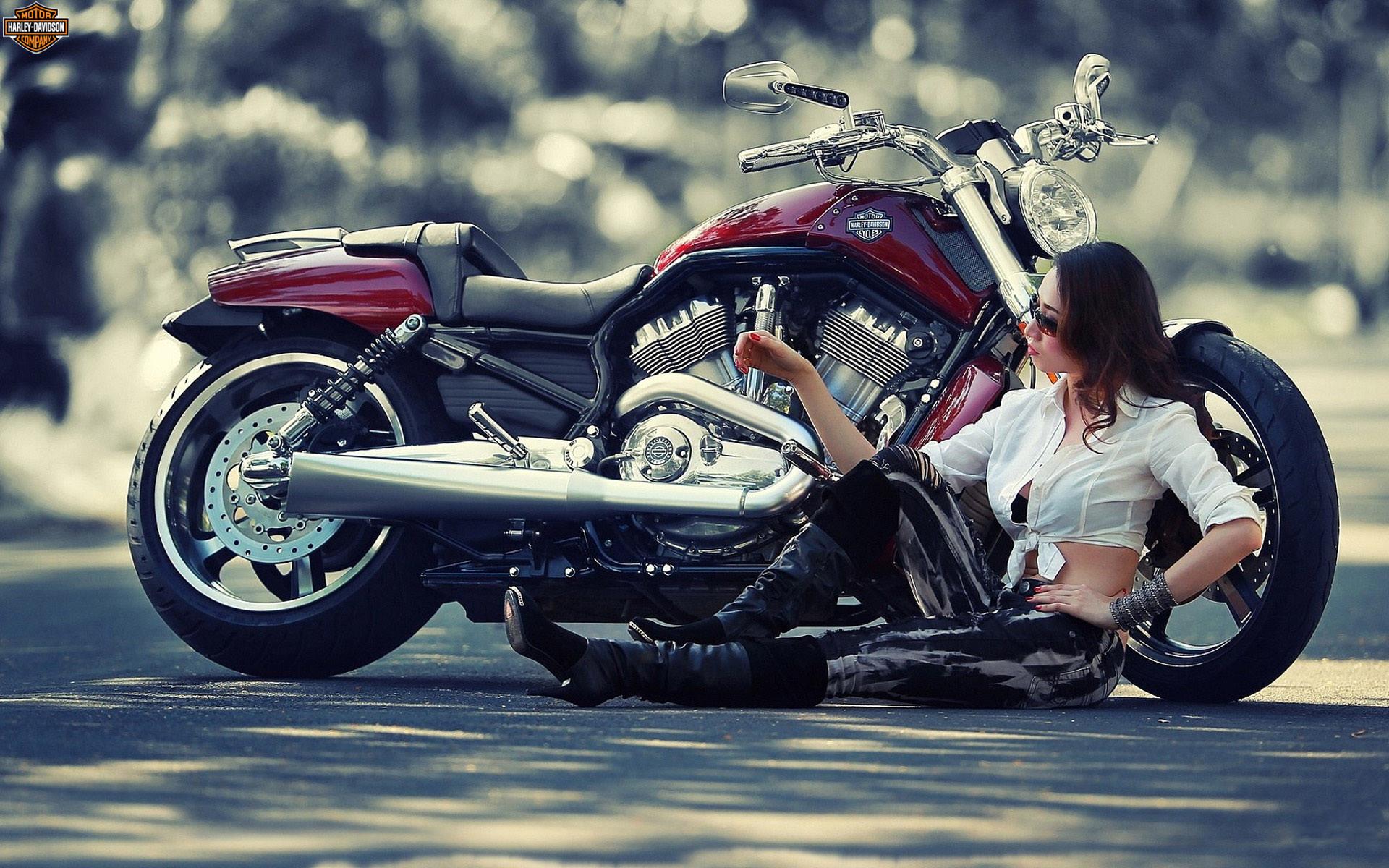 Woman and a Harley-Davidson Motorcycle HD desktop wallpaper, Woman wallpaper,  Harley-Davidson wallpaper – Motorcycles no.