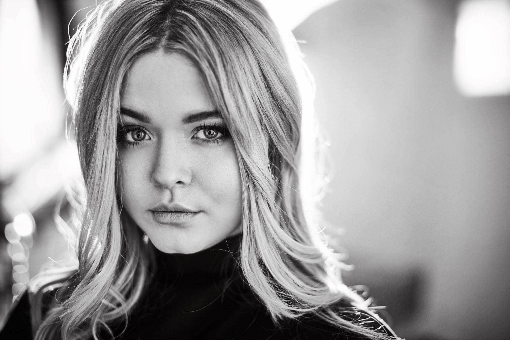 Sasha Pieterse Actresses People Background Wallpapers on 2048×1365