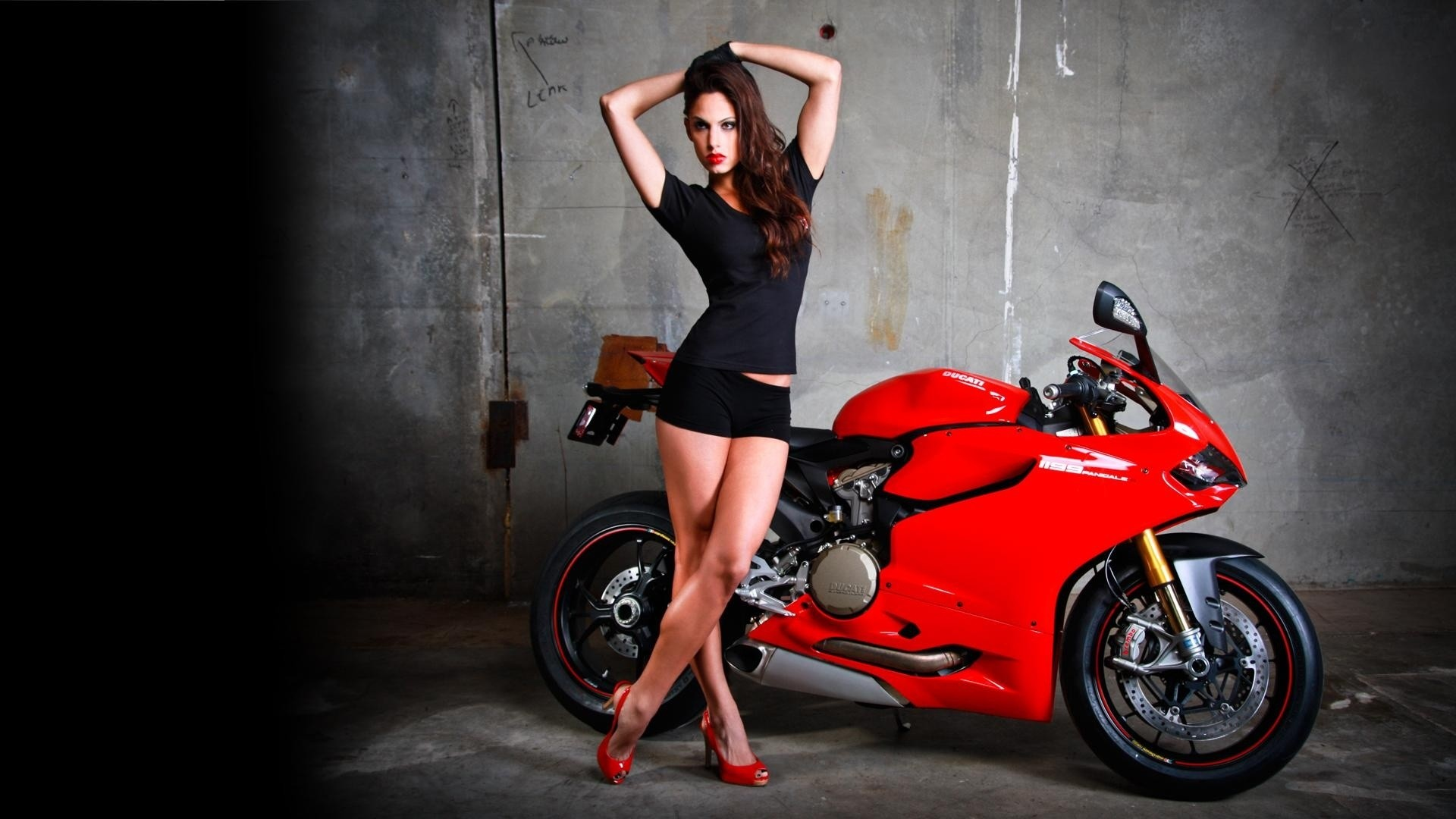 girl on motorcycles