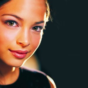 Kristin Kreuk Wallpaper HD