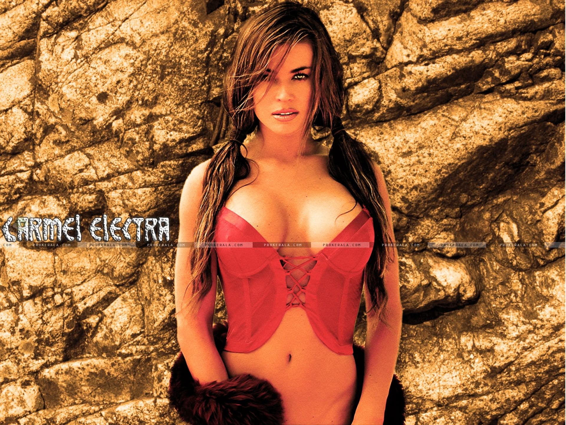 Carmen Electra. Download Wallpaper