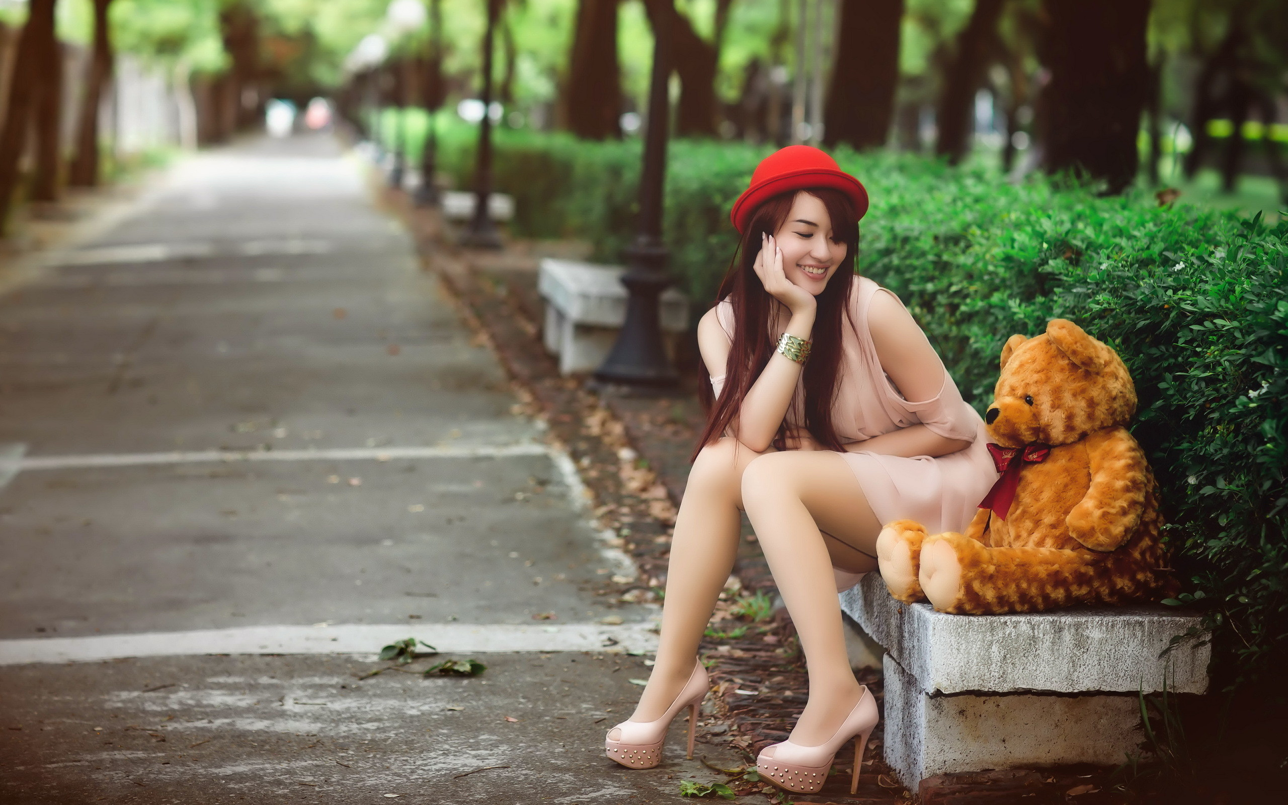 Pretty Girl With Teddy Bear Wallpaper
