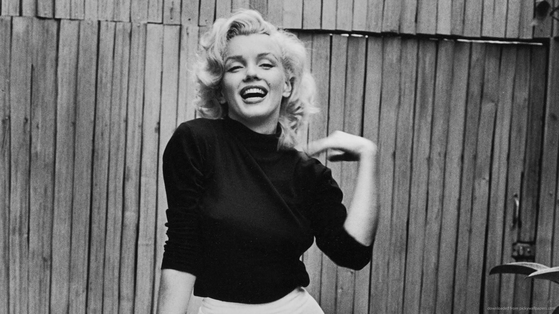 Marilyn Monroe Black Turtleneck for 1920×1080