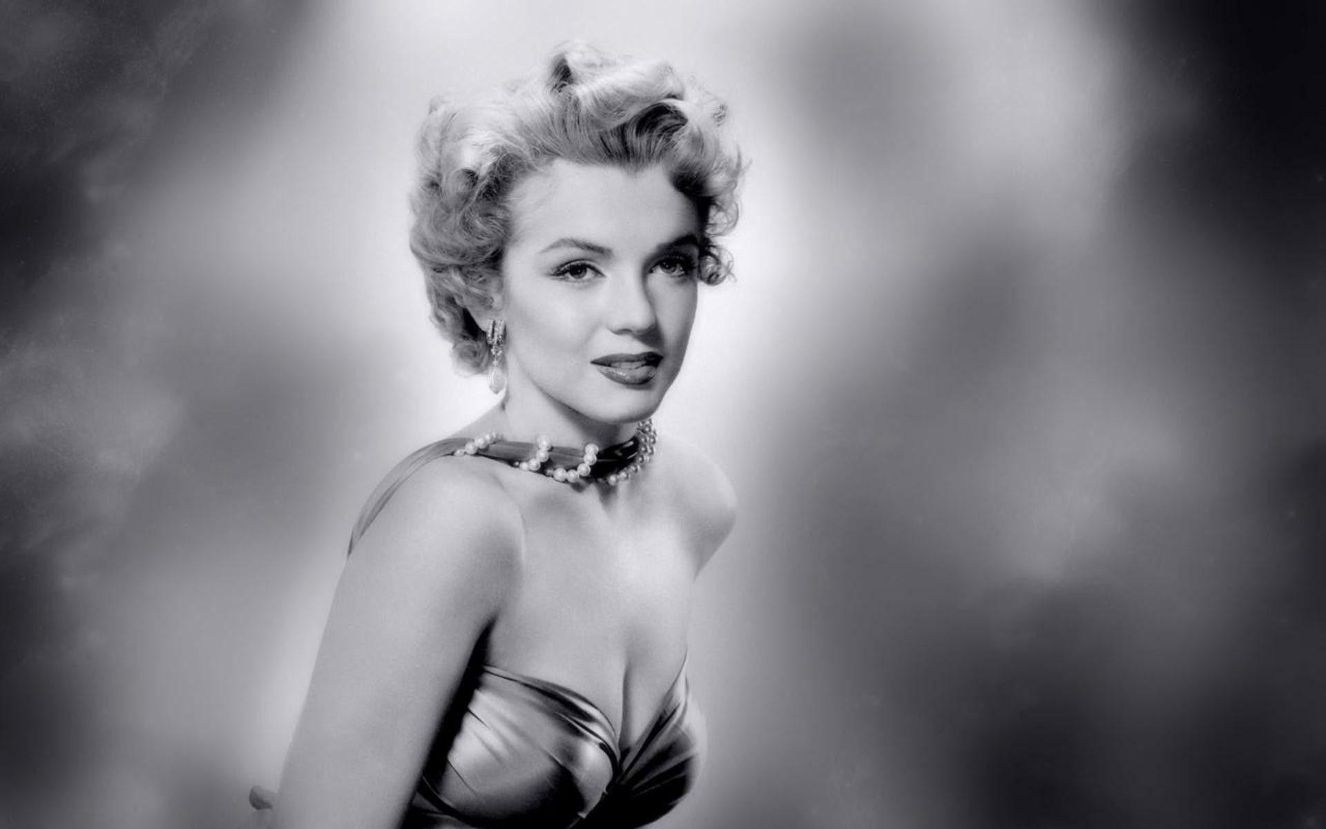 Top Marilyn Monroe Wallpaper Form Images for Pinterest