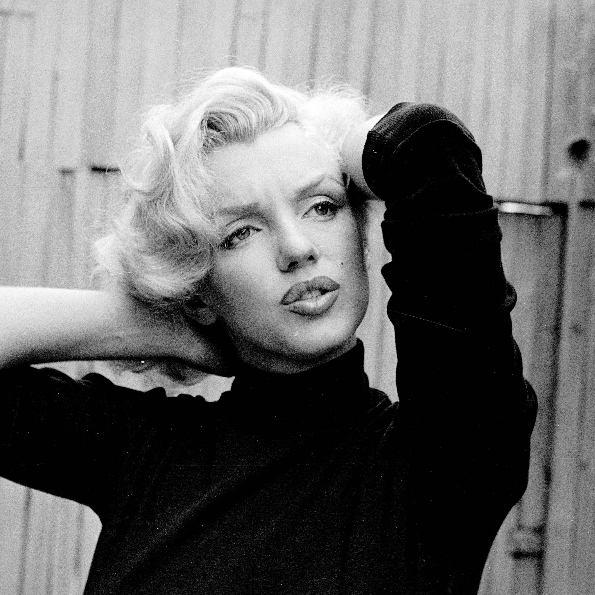 Preview wallpaper marilyn monroe, singer, actress, bw 2048×2048