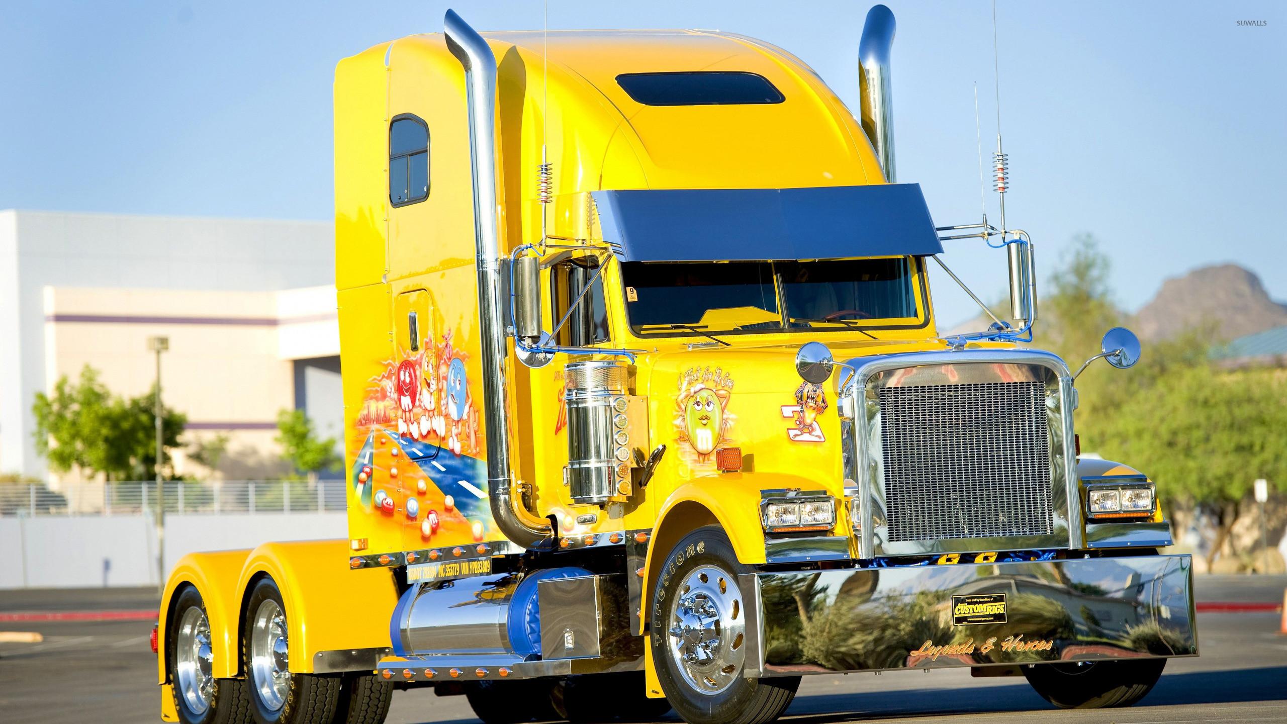 Freightliner Truck wallpaper jpg